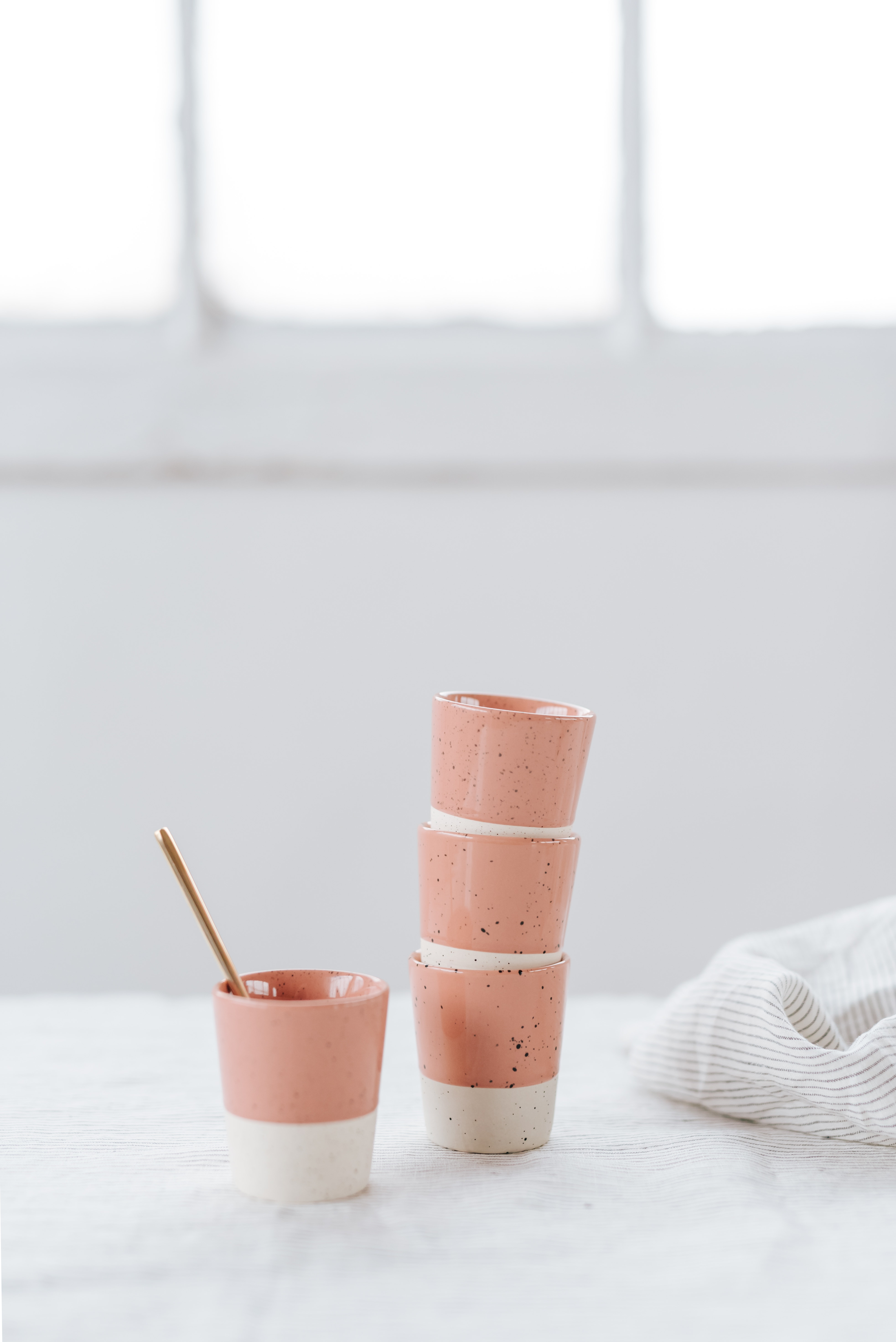 lot 4 tasses à café en grès blush hello blogzine x la redoute | la