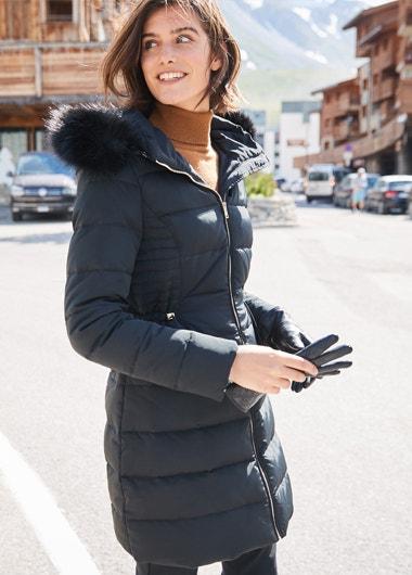 Este invierno, no te quedes sin este abrigo