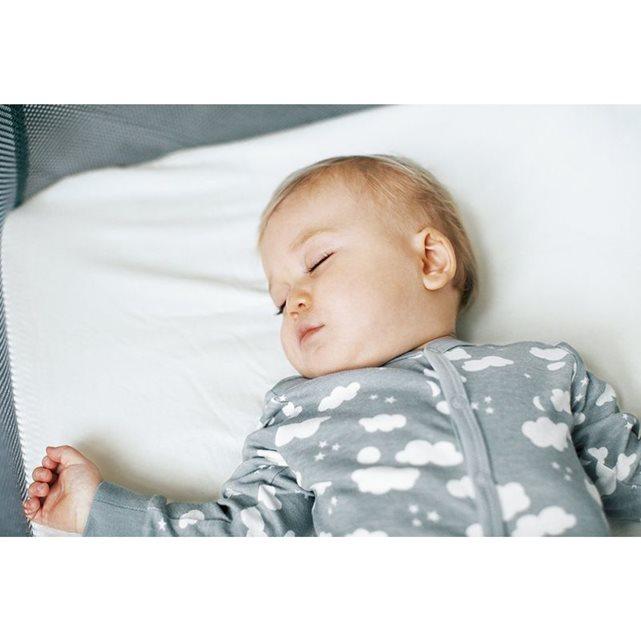 Chut ! bébé dort