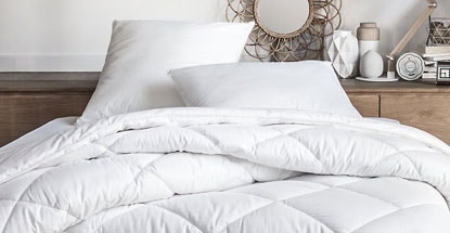 couette. Black Bedroom Furniture Sets. Home Design Ideas