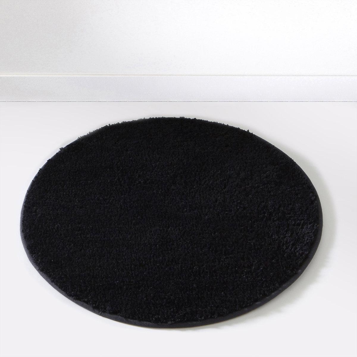 Коврик для ванной SCENARIOСостав коврика для ванной Scenario:Пушистая одноцветная микрофибра, 1500 г/м2.100% полиэстера.Диаметр коврика для ванной Scenario:60 см, 7 цветов: бежевый / белый / голубой / темно-серый / черный / зеленый анисовый / фиолетовый сливовый.<br><br>Цвет: зеленый анис,черный<br>Размер: единый размер