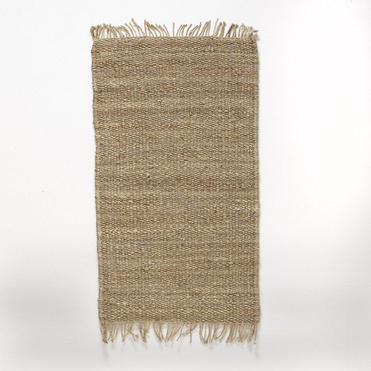 Прикроватный коврик, из джута, AjanПрикроватный коврик из джута Ajan. Выбирайте 100% натуральную тенденцию прикроватного коврика Ajan и придайте оригинальность вашему интерьеру.Характеристики прикроватного коврика Ajan :100% джута естественного оттенка.Отделка бахромой.Откройте для себя ковер Ajan и другие ковры на сайте laredoute.ru.Размеры прикроватного коврика Ajan :Ширина : 60 смДлина : 110 см<br><br>Цвет: бежевый