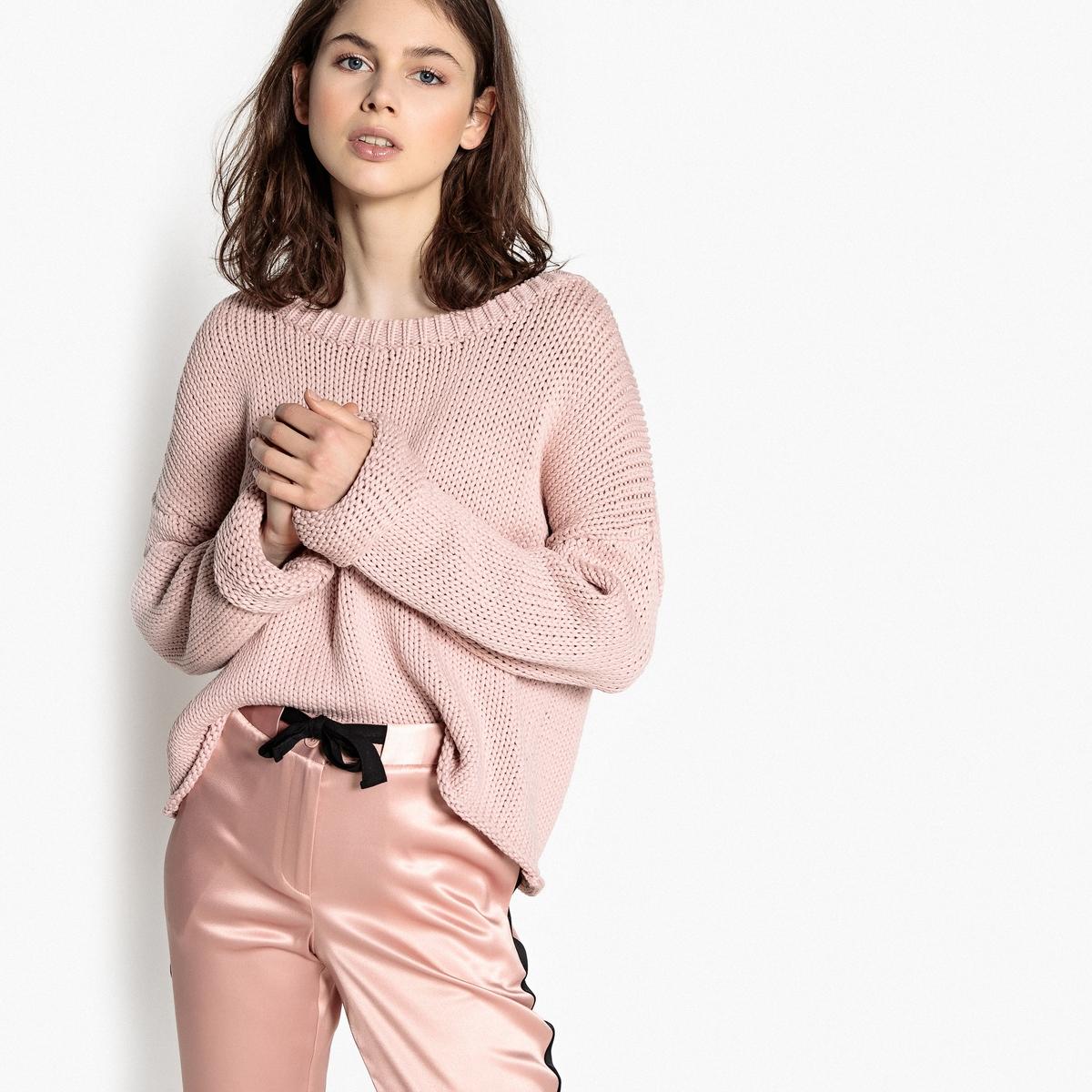 Пуловер с вырезом-лодочкой из плотного трикотажа