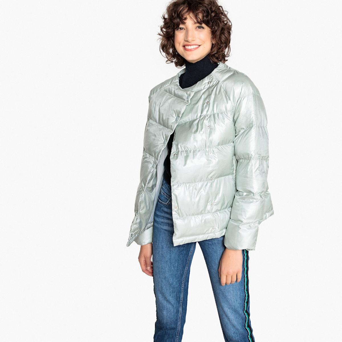 Куртка стеганая короткая с застежкой на кнопки, зимняя модель
