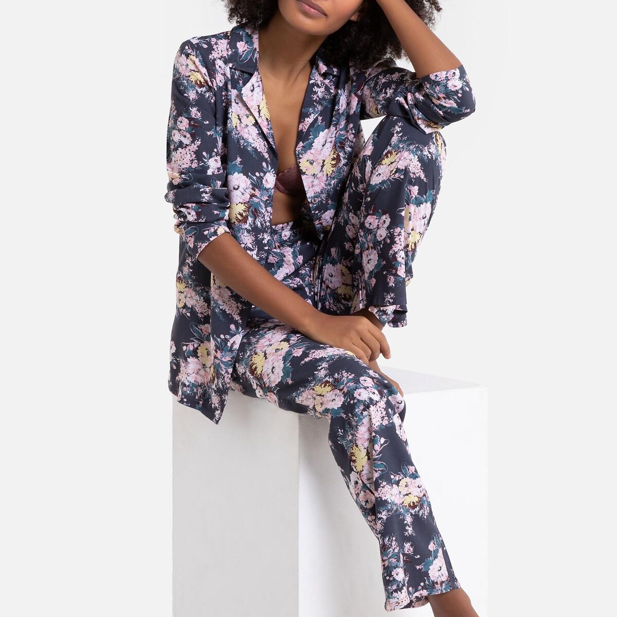 Pijama con estampado de flores