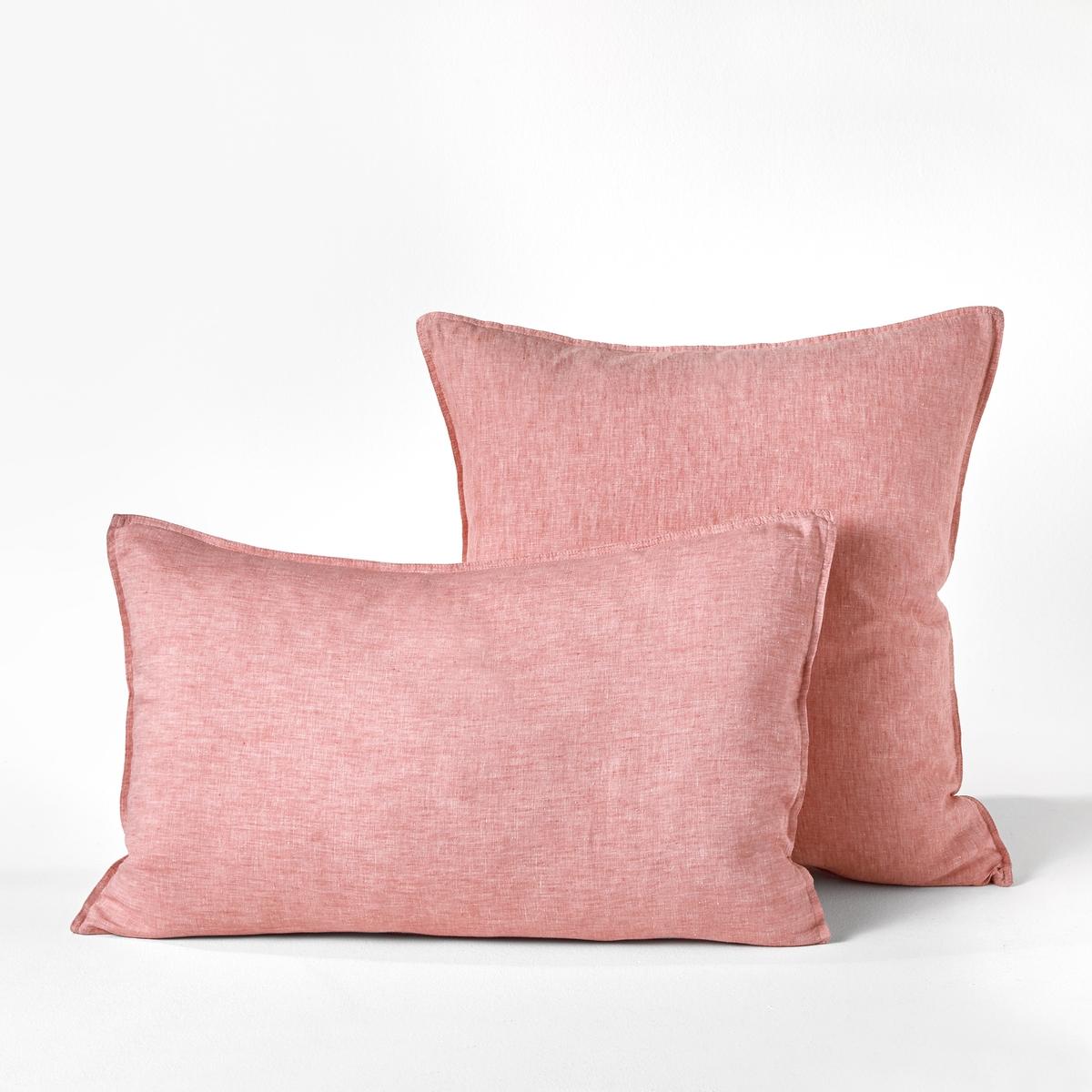 Наволочка из осветленного льна шамбре, Elina chambrayОсветленный лен. Ткань с легким жатым эффектом не требует глажки, со временем становится более мягкой и нежной.Состав :- 100% лен Отделка : - Плоский волан- Форма мешкаУход : - Машинная стирка при 40 °С Размеры :- 50 x 70 см : прямоугольная наволочка- 65 x 65 см  : квадратная наволочка<br><br>Цвет: розовый,серо-синий,серый,хаки
