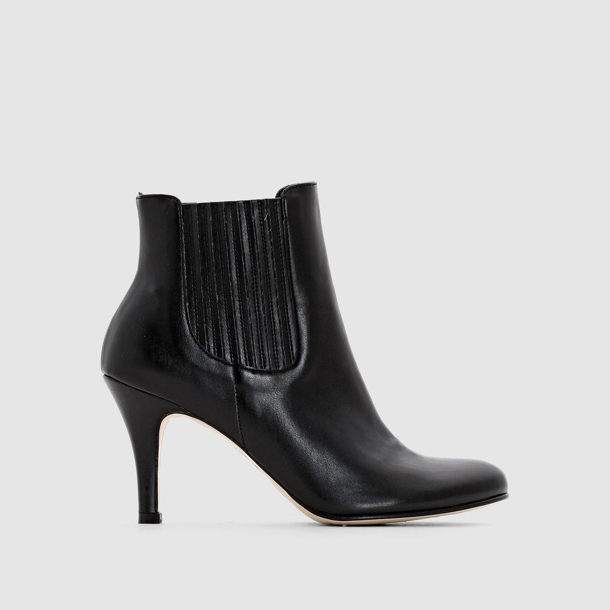 Ботильоны на каблукеБотильоны на каблуке - JONAK.Верх : синтетический материалПодкладка : кожа Стелька : кожа Подошва : эластомер.Застежка   : без застежки, с эластичными вставками по бокамВысота каблука : 6 см. Утонченный и модный дизайн от Jonak: Тонкий каблук, изящная форма. Подчеркнуто женственные ботинки подойдут к любой одежде: и к юбке, и к брюкам!<br><br>Цвет: черный<br>Размер: 37.39.40