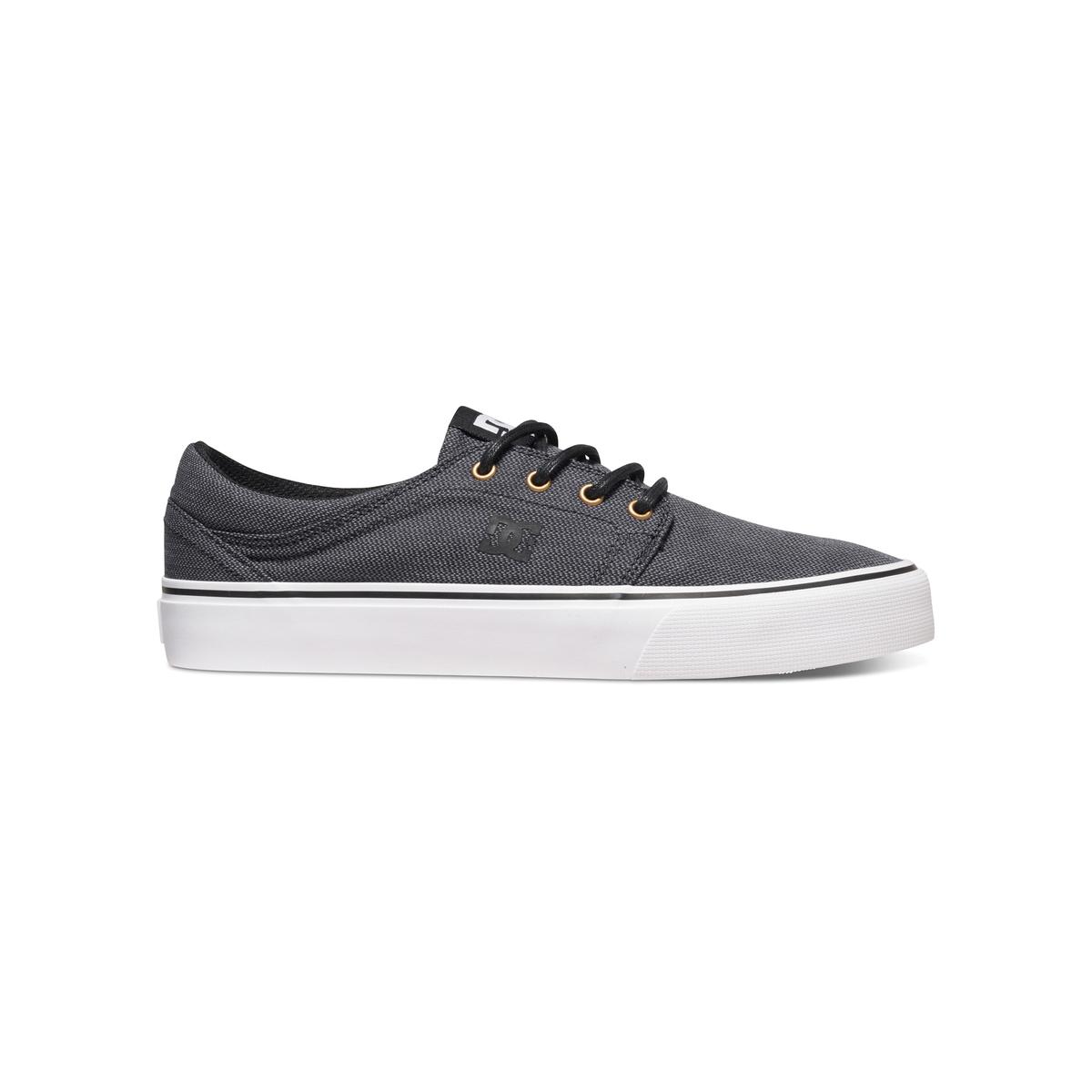 Кеды низкие DC SHOES TRASE TX SE M SHOE KGWКеды низкие на шнуровке, TRASE TX SE M SHOE KGW от DC SHOES.Верх: текстильПодкладка: текстильСтелька: текстиль Подошва : каучук Застежка : шнуровкаМарка DC Shoes, появившаяся в 1994 году,  позиционирует себя, как королева скольжения и создает стильные и технологичные коллекции для скейтборда, серфинга, сноуборда и даже для велосипедного мотокросса, мотоспорта и экстремальных видов спорта. В своих коллекциях она предлагает модную городскую обувь, невероятно легкую и как всегда с калифорнийским колоритом! Все преимущества марки - в модной модели Trase !<br><br>Цвет: черный<br>Размер: 40