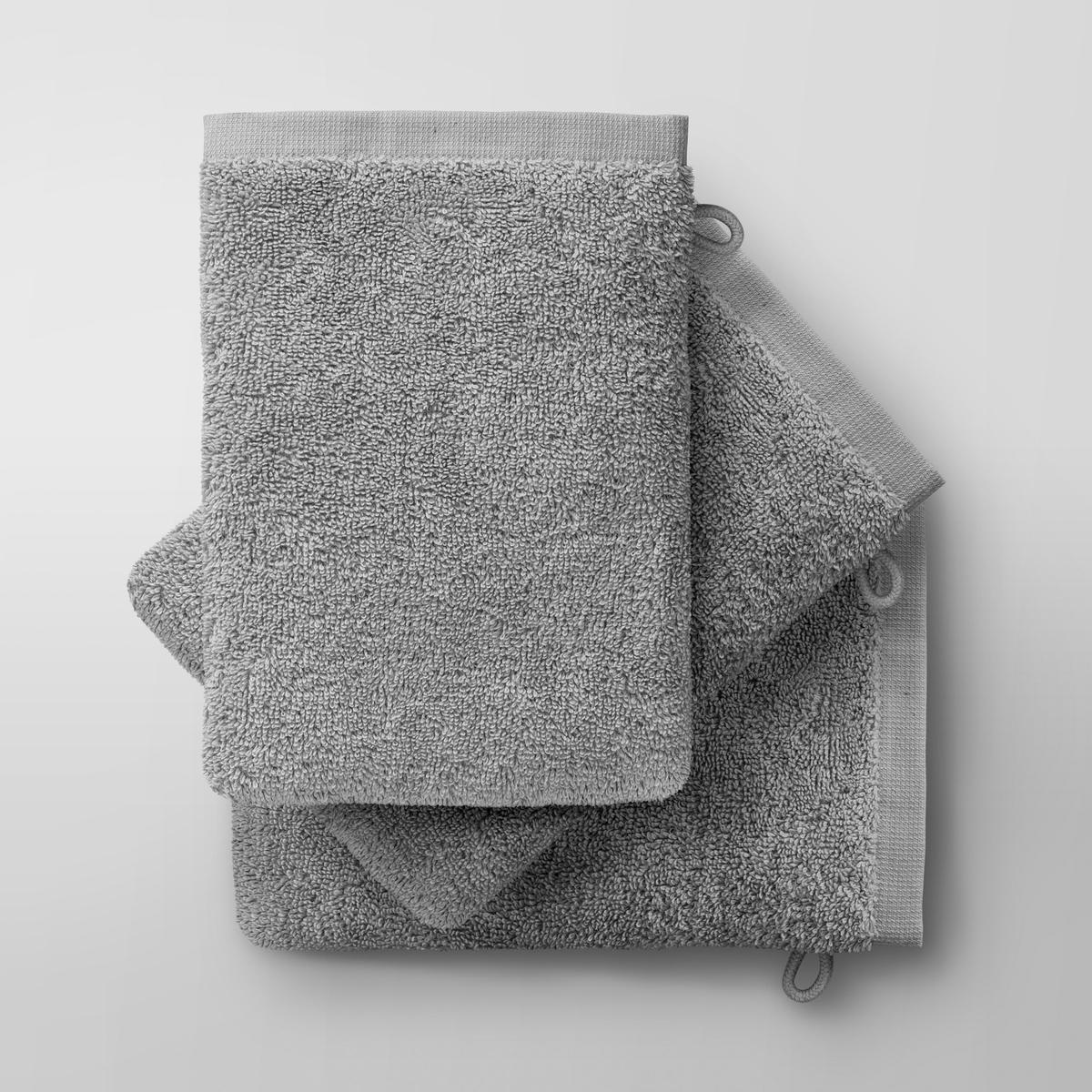 3 рукавицы банные Gilbear из 100% хлопка3 банные рукавицы Gilbear. Очень нежная, плотная и мягкая махровая ткань. 100% чесаный хлопок 600г/м?, очень мягкий и устойчивый к износу. Машинная стирка при 60 °С. Размер : 16 x 22 см.<br><br>Цвет: светло-серый<br>Размер: комплект из 3