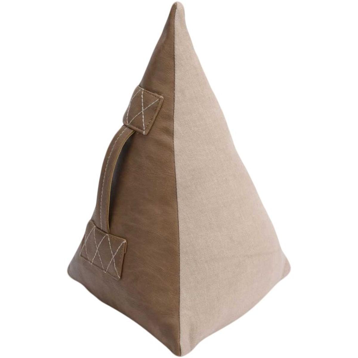 Cale porte pyramide