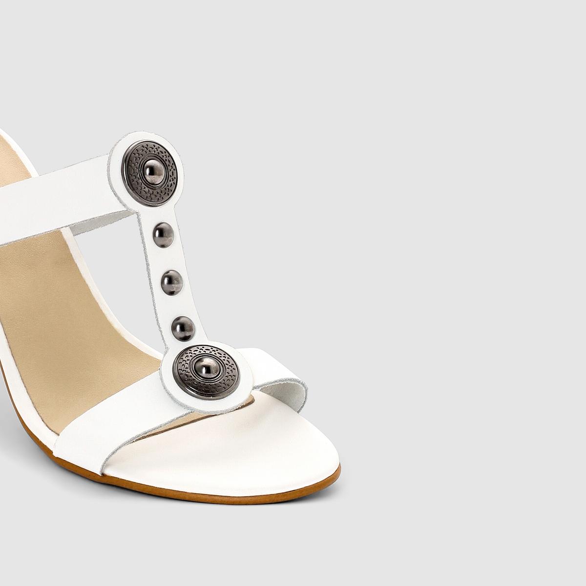 Туфли без задника кожаныеДетали  •  Вьетнамки •  Застежка : без застежки •  Открытый мысокСостав и уход  •  Верх 100% яловичная кожа<br><br>Цвет: белый