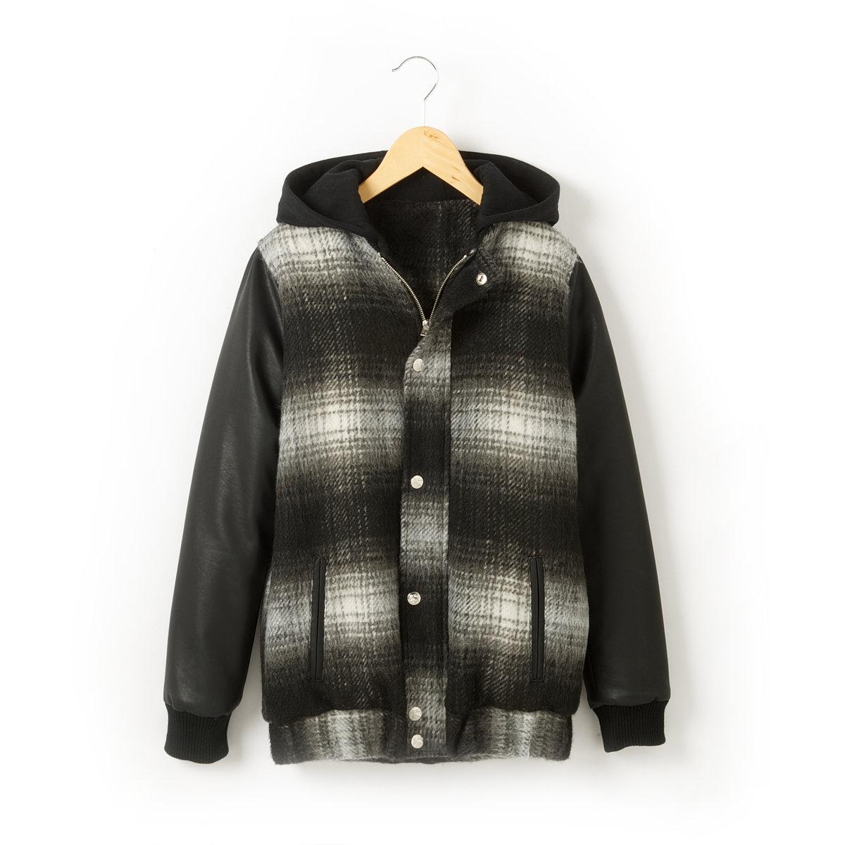 Пальто с капюшономКлетчатое пальто в стиле тедди, 72% полиэстера, 14% акрила, 6% вискозы, 3% полиамида, 3% хлопка, 2% шерсти. Подкладка и утеплитель из 100% полиэстера. Мольтоновый капюшон, 60% хлопка, 40% полиэстера. Рукава из искусственной кожи, 100% полиуретана. Супатная застежка на молнию и кнопки. 2 прорезных кармана спереди. Вырез и низ рукавов связаны в рубчик.<br><br>Цвет: в клетку черный<br>Размер: 12 лет -150 см.16 лет
