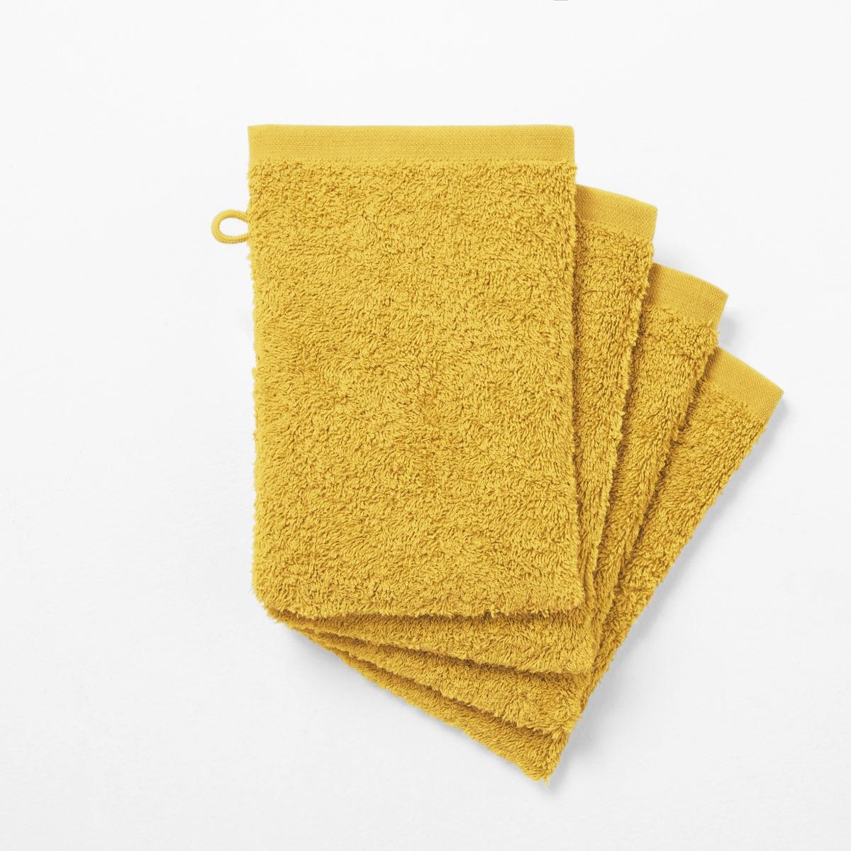 Комплект из 4 банных рукавичек 500 г/м?Банные рукавички из высококачественной махровой ткани, 100% хлопок, (500 г/м?), очень нежной, мягкой и отлично впитывающей влагу.Банные рукавички различных цветов для ванной...Характеристики банных рукавичек :- Махровая ткань, 100% хлопок (500 г/м?).- Отделка краев диагонали.- Машинная стирка при 60 °С.- Машинная сушка.- Замечательная износоустойчивость, сохраняет мягкость и яркость окраски после многочисленных стирок.- Размеры банных рукавичек : - 15 x 21 см.Знак Oeko-Tex® гарантирует, что товары протестированы, сертифицированы и не содержат вредных для здоровья веществ.<br><br>Цвет: белый,голубой бирюзовый,желтый шафран,красный карминный,пепельно-серый,светло-розовый,серо-бежевый,серо-синий,сине-зеленый,синий морской волны,смородиновый,темно-серый,фиолетовый,черный<br>Размер: 15 x 21  см.15 x 21  см.15 x 21  см.15 x 21  см