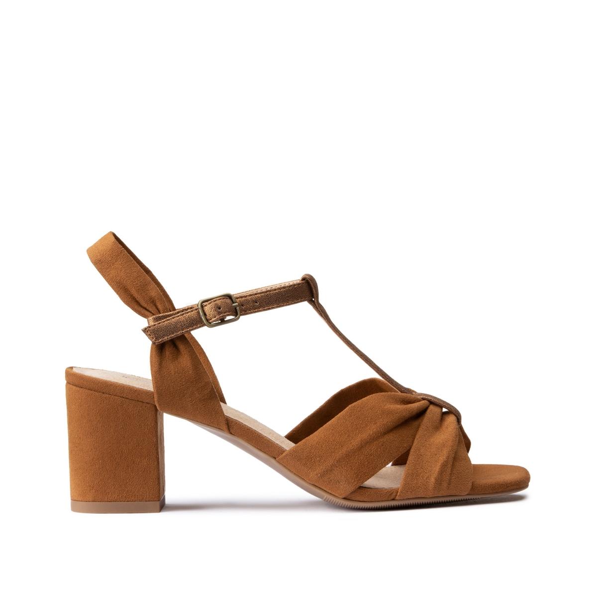 Sandalias drapeadas con tacón ancho