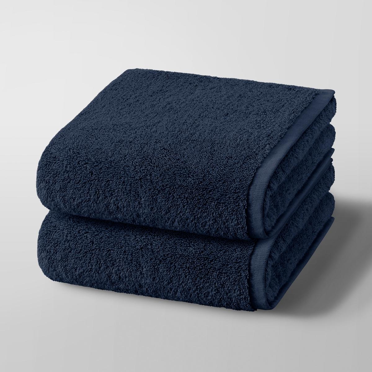 2 полотенца Gilbear, 100% хлопок2 полотенца Gilbear. Очень нежная, мягкая и плотная махровая ткань. Плотность 600 г/м2, стирка при 60 градусах. Размер 50x100 см. Машинная стирка при 60 °С. Размер : 50 x 100 см.<br><br>Цвет: светло-серый,серо-розовый,сине-зеленый,синий морской,темно-серый,черный