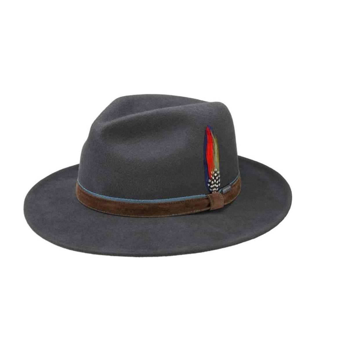 Chapeau en laine à mémoire de forme