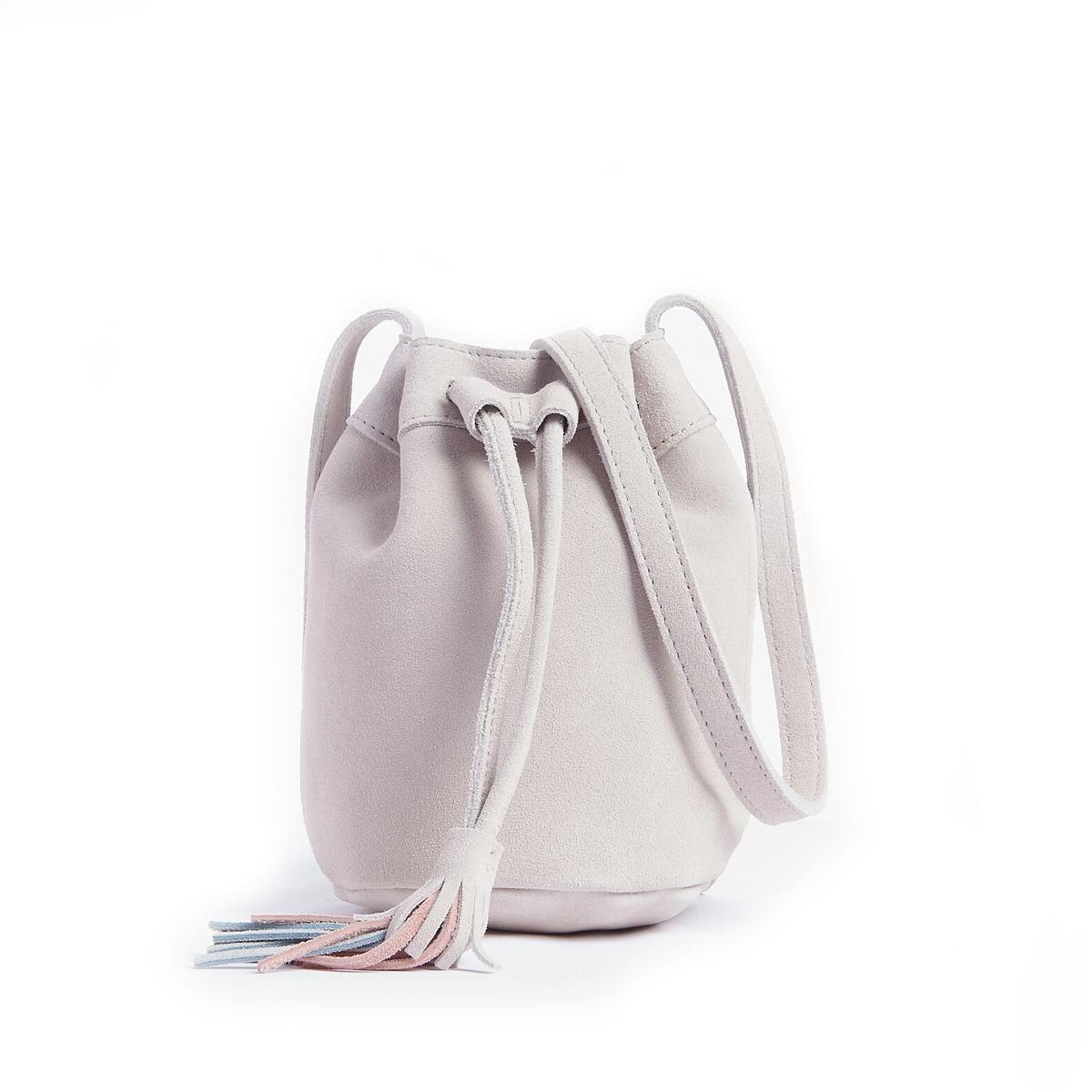 Сумка женская из невыделанной кожиСостав и описаниеМатериал: внешний из невыделанной коровьей кожи.Подкладка из полиэстера.Марка: Mademoiselle R.Размеры: диаметр 13 см - высота 18 см.Застежка:  шнурок на кулиске.1 карман на молнии.Регулируемый ремень.<br><br>Цвет: бежевый,оранжевый,синий<br>Размер: единый размер.единый размер.единый размер