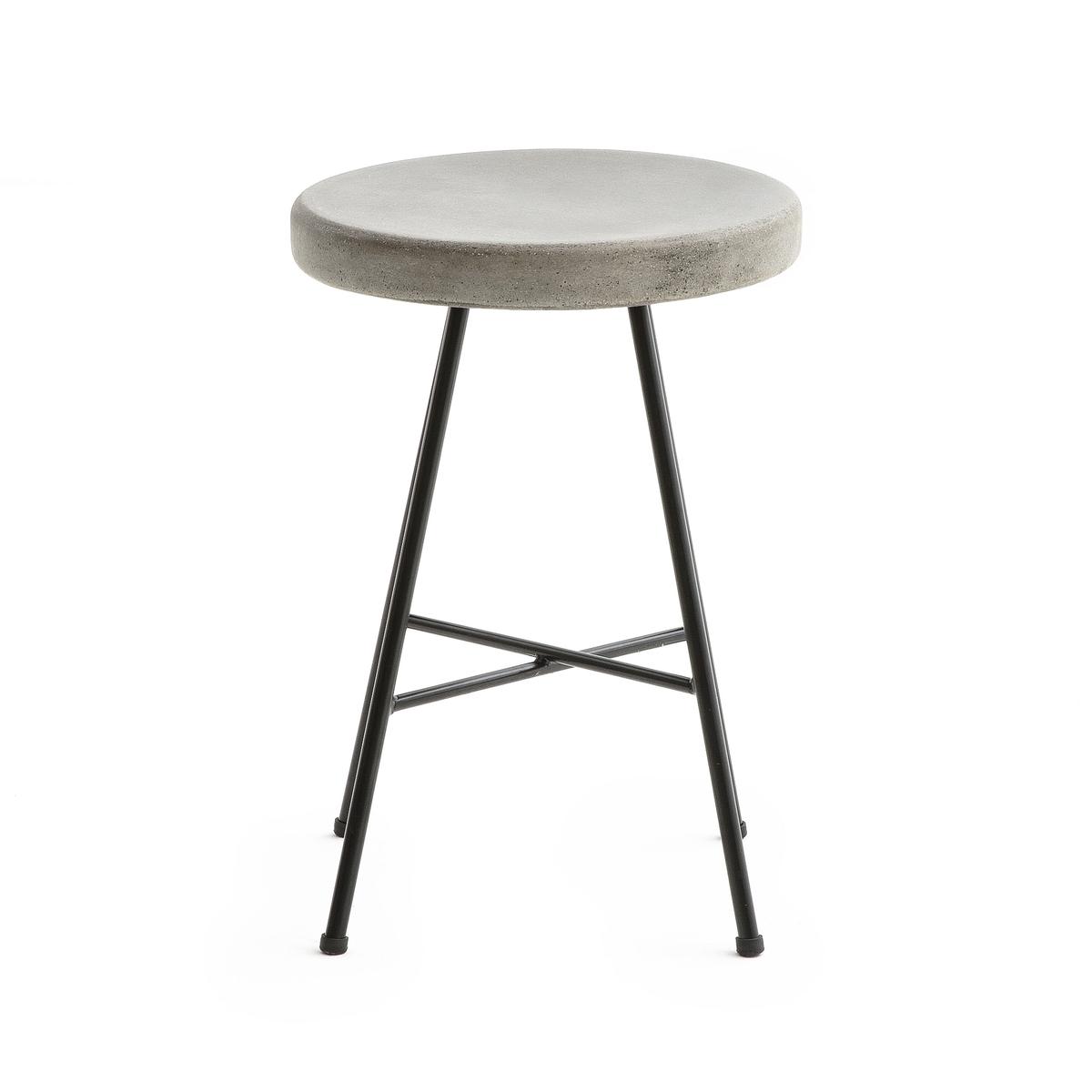Табурет из цемента MyrteliТабурет Myrteli. Необработанный внешний вид благодаря сиденью из цемента, идеально подходит для использования на улице и в помещениях. Характеристики : - Сиденье из цемента толщиной 4 см- Каркас из металла с покрытием эпоксидной краской черного цветаРазмер : - ?32 x В44,6 см.Размеры и вес упаковки : - Ш41 x В52 x Г41 см, 9,2 кг<br><br>Цвет: серый цементовый