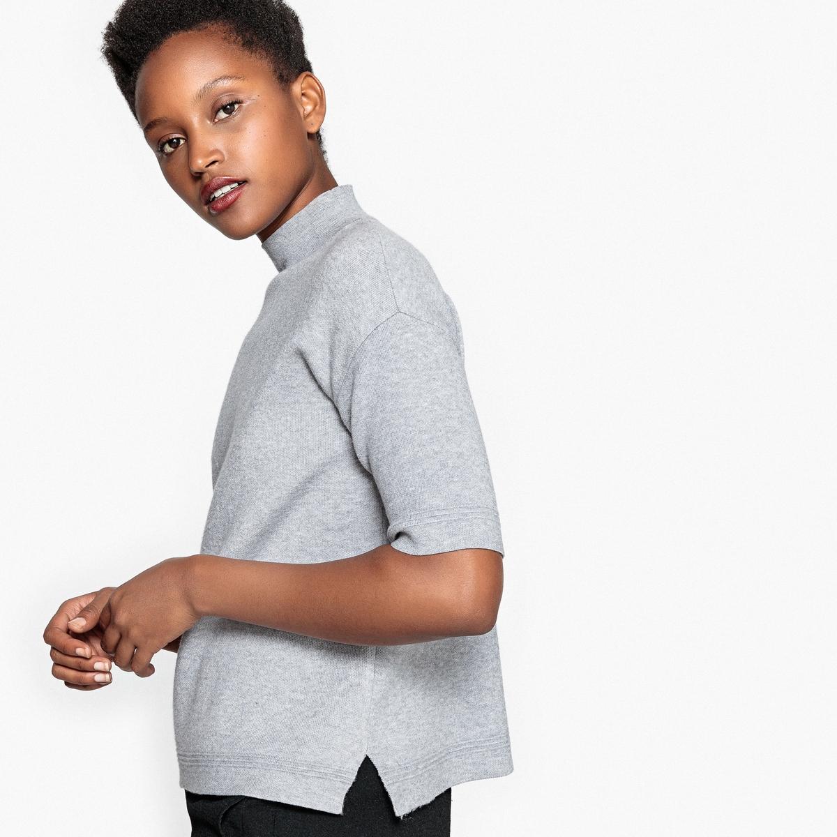 Пуловер с короткими рукавами и воротником-стойкой