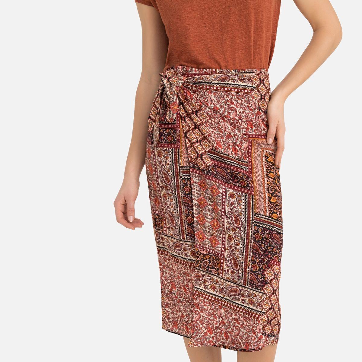 Jupe droite imprimée foulard mi-longue