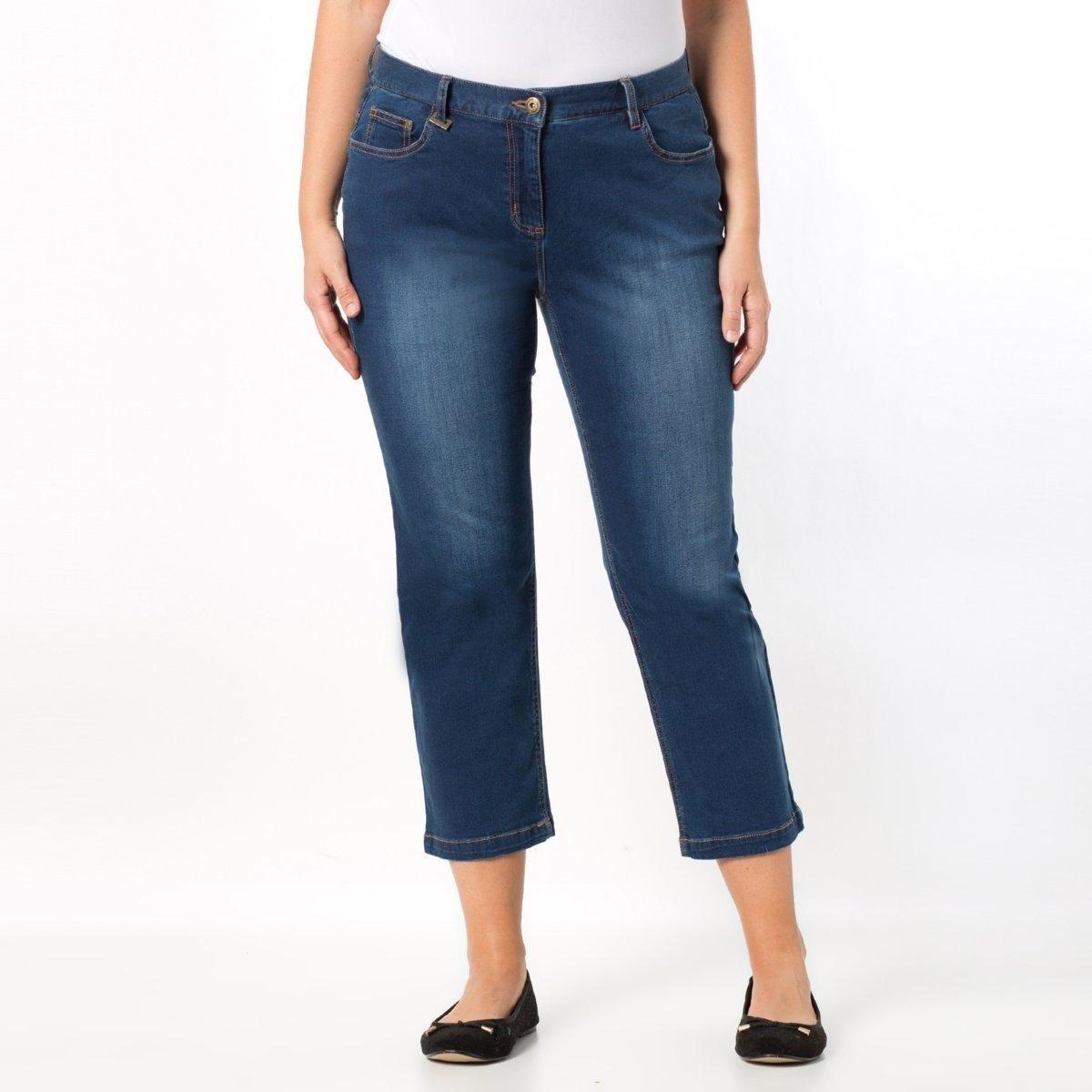 Брюки укороченные из денима стретчУкороченные брюки из денима стретч для обладательниц прямого силуэта. У вас не ярко выраженная талия, бедра без округлостей и прямой силуэт: эти идеально подходящие для лета укороченные брюки адаптируются к особенностям Вашей фигуры, гармонизируя силуэт! Ультракомфортный деним стретч, 98% хлопка, 2% эластана. Длина по внутр.шву 62 см. Ширина по низу 20 см.<br><br>Цвет: голубой потертый,синий потертый,темно-синий,черный<br>Размер: 52 (FR) - 58 (RUS).52 (FR) - 58 (RUS).50 (FR) - 56 (RUS).52 (FR) - 58 (RUS).54 (FR) - 60 (RUS).54 (FR) - 60 (RUS).46 (FR) - 52 (RUS).48 (FR) - 54 (RUS)