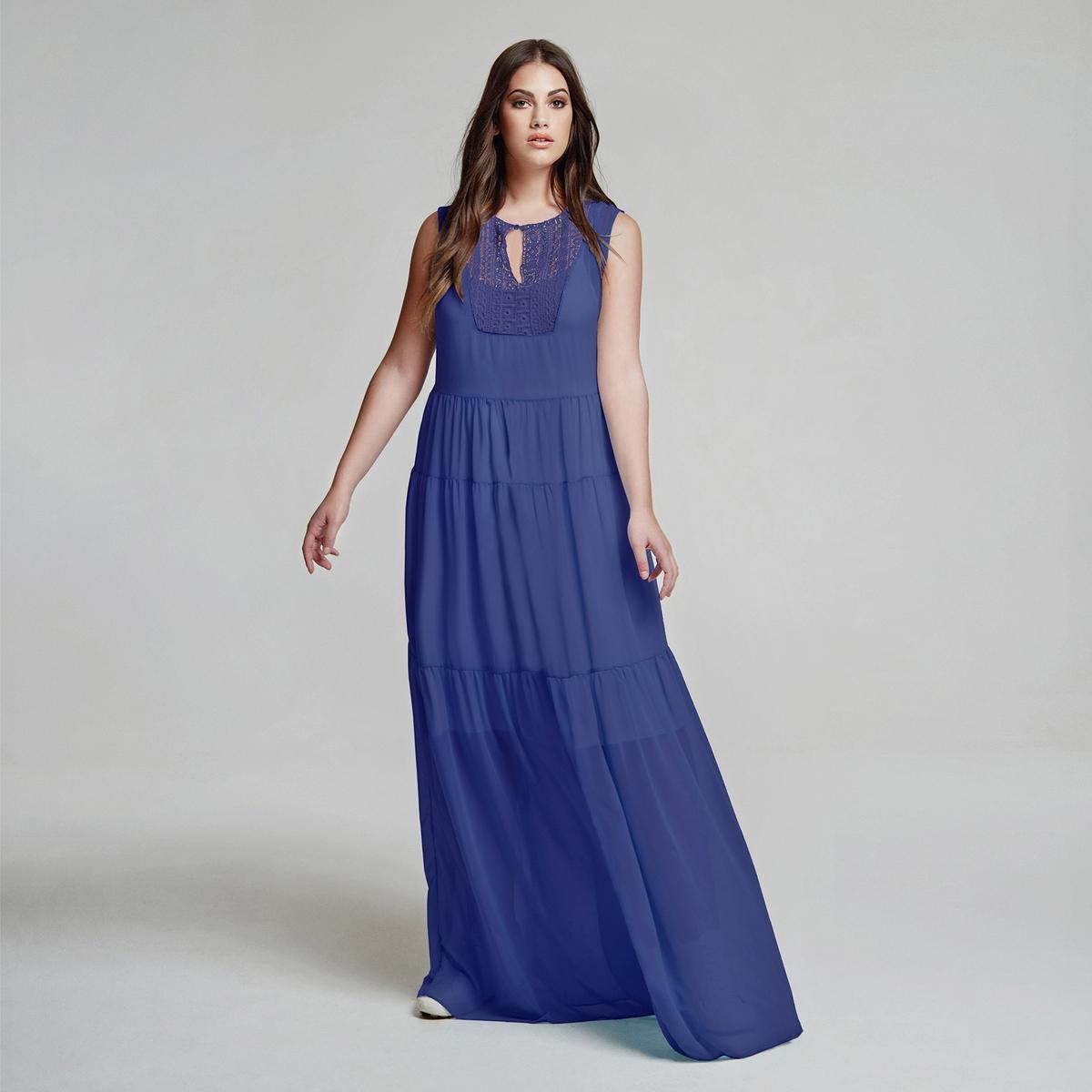 ПлатьеПлатье-макси MAT FASHION. Длинный расклешенный покрой, из прозрачной ткани на подкладке в виде слегка окрашенной длинной камисоли. Без рукавов. Закругленный вырез с завязками с бахромой. Вязка крючком спереди. 100% полиэстер<br><br>Цвет: синий<br>Размер: 48/50 (FR) - 54/56 (RUS)