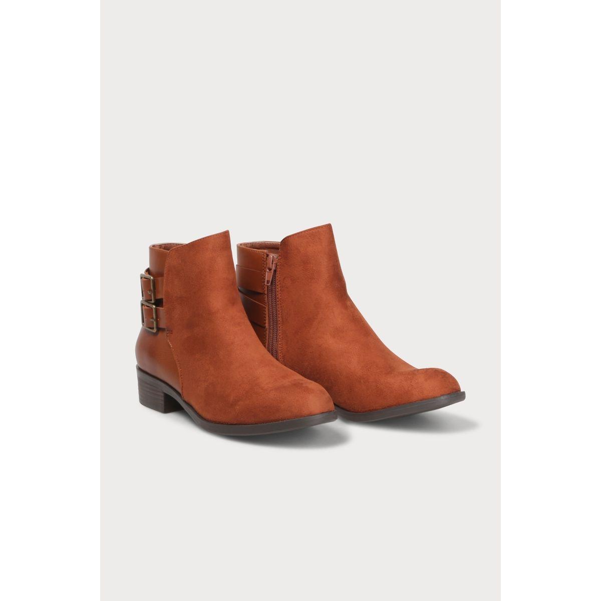 Boots à talons zippées avec brides