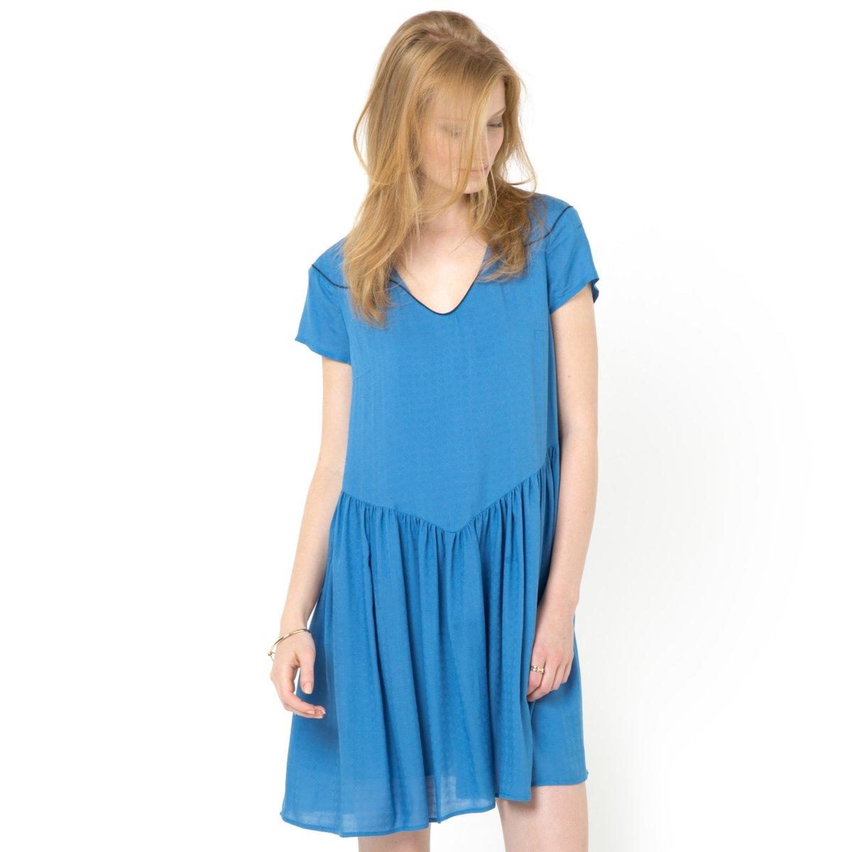Платье широкого покроя<br><br>Цвет: синий,слоновая кость<br>Размер: 44 (FR) - 50 (RUS).44 (FR) - 50 (RUS).38 (FR) - 44 (RUS).42 (FR) - 48 (RUS)