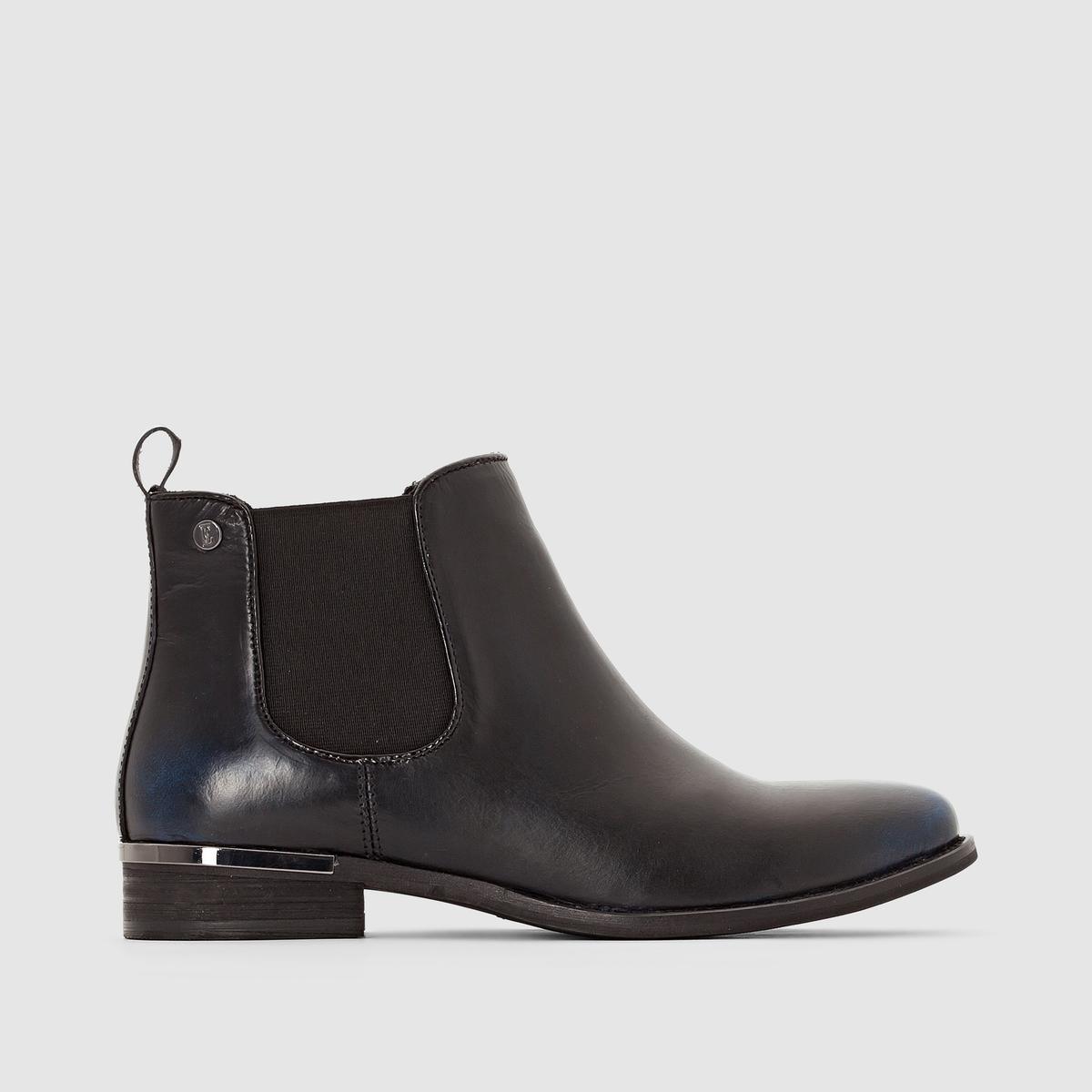 Ботинки кожаныеГладкая кожа отличного качества делает ботинки от Elle незаменимым аттрибутом этой зимы. Стильная деталь: оригинальные украшения из черного металла.<br><br>Цвет: черный