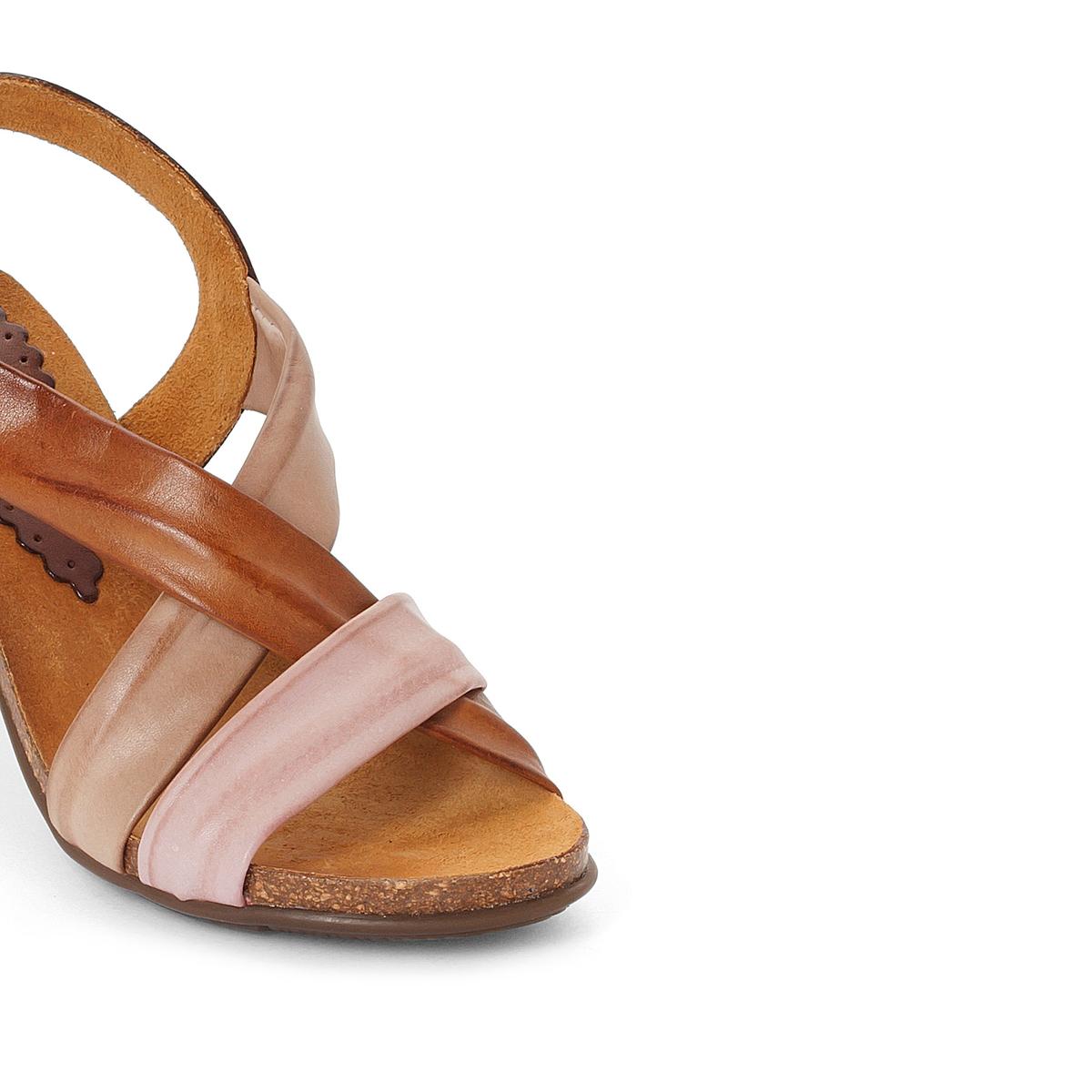 Босоножки кожаные LizВерх : кожа   Стелька : кожа   Подошва : эластомер   Высота каблука : 8 см   Форма каблука : квадратный каблук   Мысок : открытый мысок   Застежка : пряжка<br><br>Цвет: каштановый