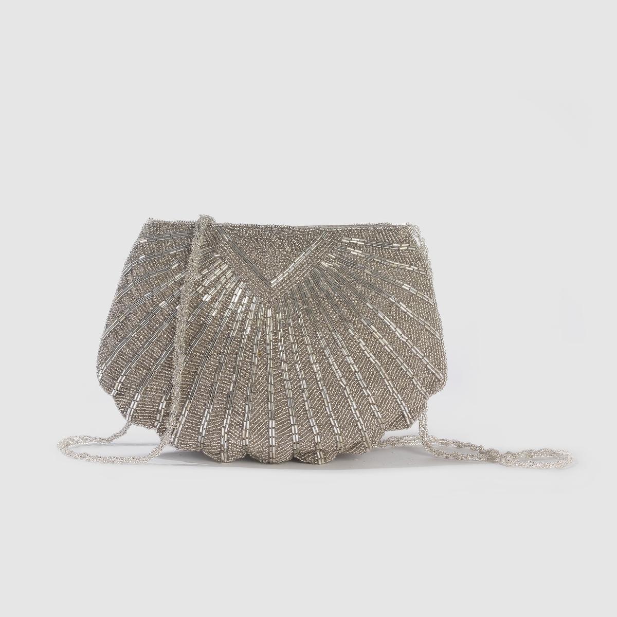 Клатч, расшитый бисеромКлатч, расшитый бисером - Mademoiselle R.Верх : текстиль, расшитый бисером Внутренняя подкладка : текстильЗастежка : пуговица на магнитеПлечевой ремень : плетеный из бисера, не съемный  Размеры   : Дл . 26 см. x В. 19 см. Просто идеален для любой вечеринки  !<br><br>Цвет: серебристый<br>Размер: единый размер