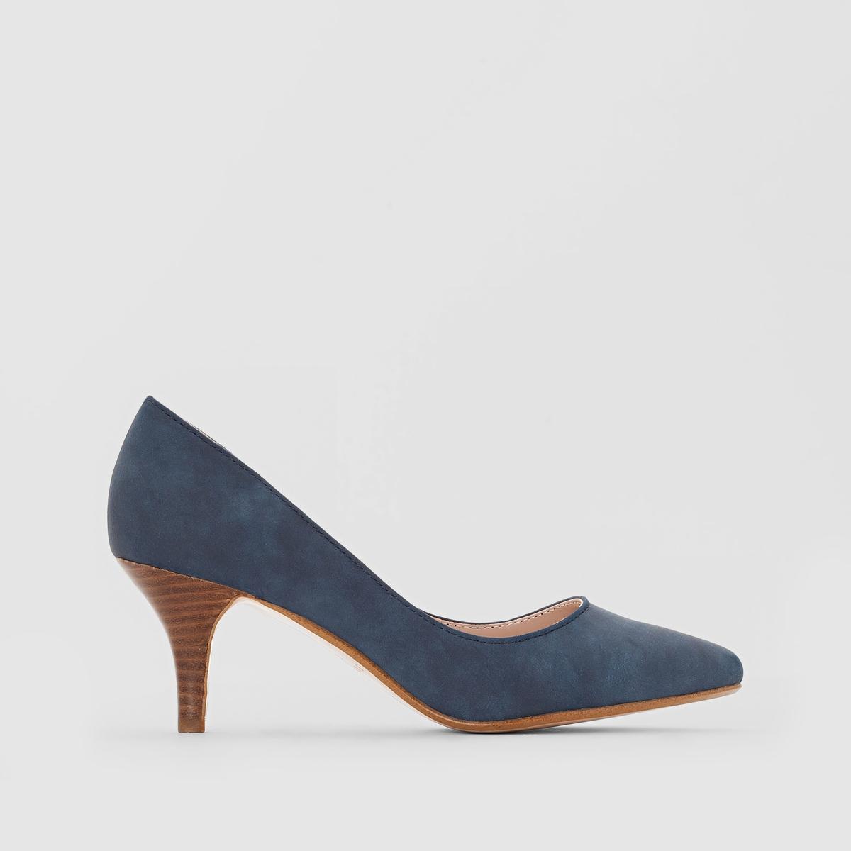 Туфли Pyra PumpВерх: синтетика.Подкладка: синтетика.Стелька: синтетика.Подошва: каучук.Высота каблука: 4 см.Форма каблука: тонкий каблук.Мысок: закругленный.Застежка: без застежки.<br><br>Цвет: синий морской,черный