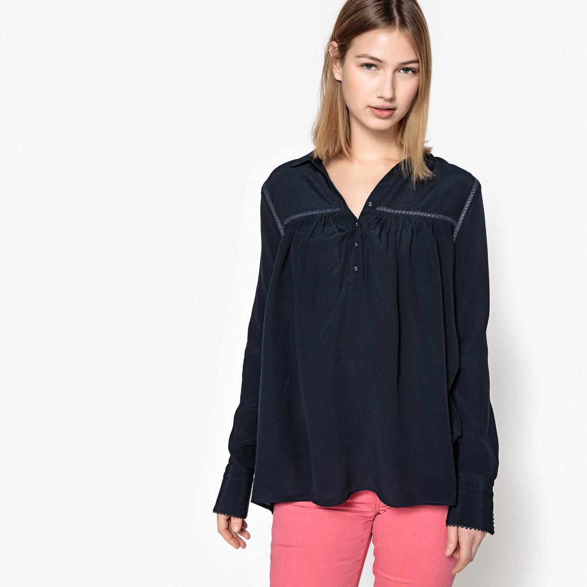 Блузка с длинными рукавами TARCIAОписание:Детали •  Длинные рукава •  Прямой покрой •  Воротник-поло, рубашечныйСостав и уход •  100% вискоза •  Следуйте рекомендациям по уходу, указанным на этикетке изделия<br><br>Цвет: темно-синий<br>Размер: S