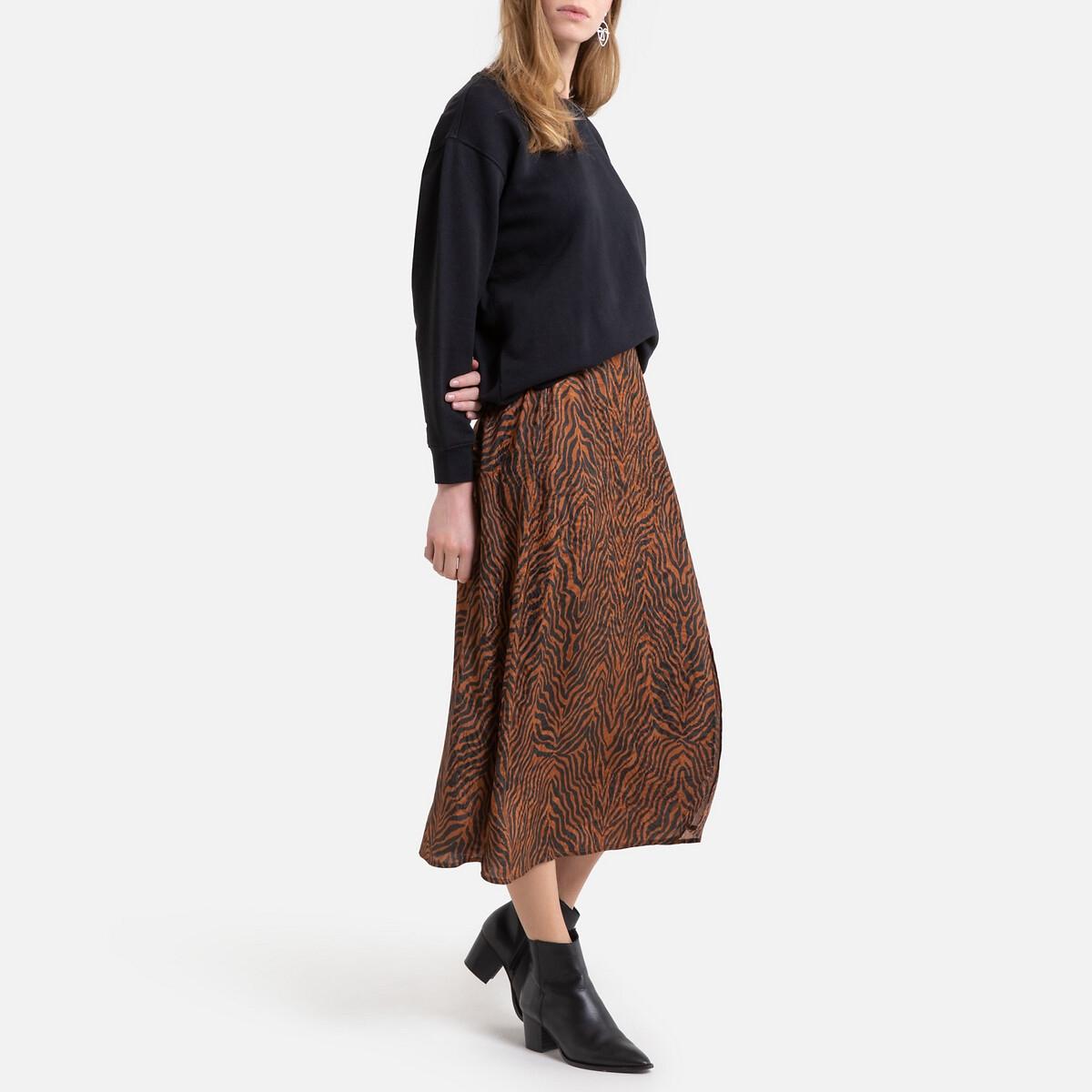 Falda larga vaporosa con estampado animal