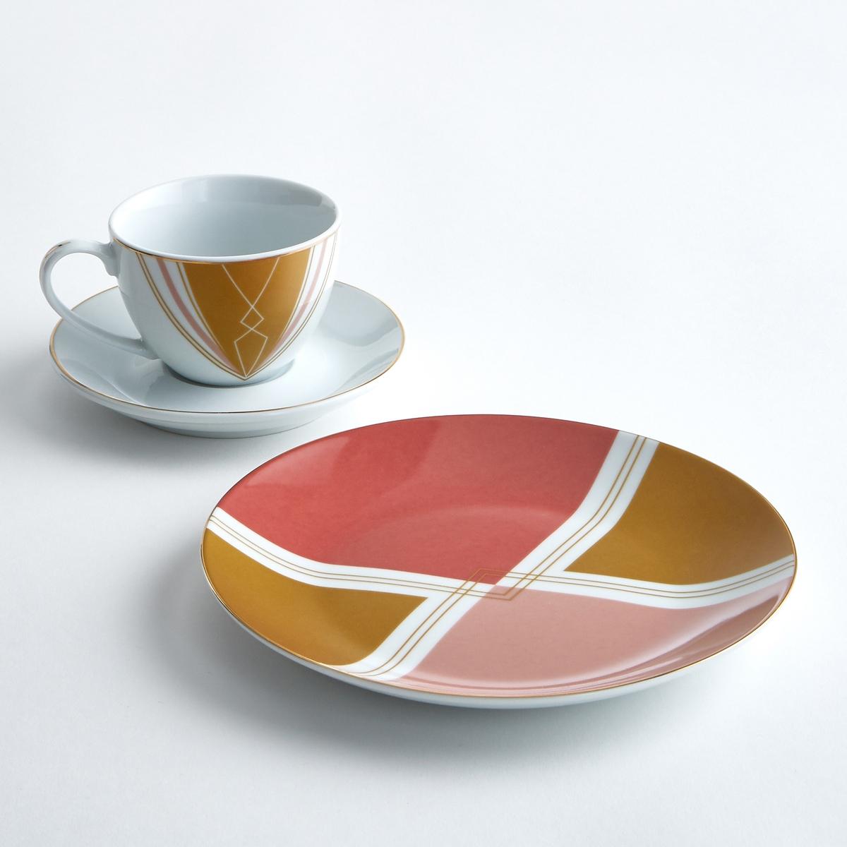 Чашка + блюдце фарфоровые (4 шт.) PALATOЧашки и блюдца Palato : дизайн в стиле ретро, неподвластный времени, изящный графический рисунок.Характеристики 4 чашек и блюдец Palato :Из фарфора.Винтажный рисунок.Золотистая кайма.Размеры 4 чашек и блюдец Palato :Чашки : диаметр. 6,5 x высота 9 см.Блюдца : диаметр. 14 x высота 2 см.Другие чашки и предметы наших коллекций декора стола вы можете найти на сайте laredoute.ru<br><br>Цвет: набивной рисунок<br>Размер: единый размер