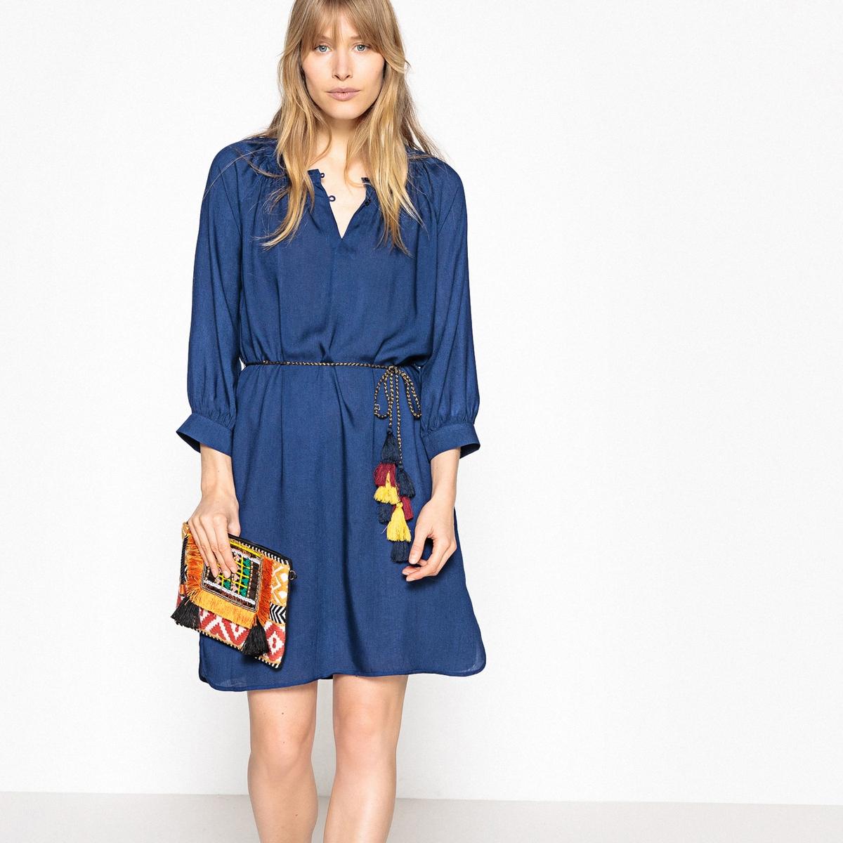 Платье в стиле рубашки, пояс с кисточками