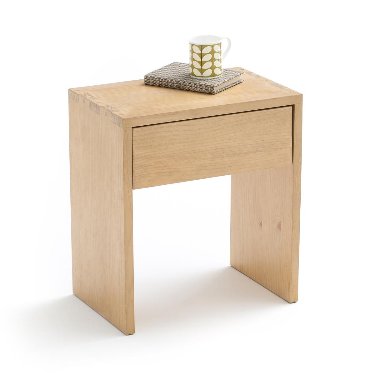 Столик прикроватный с 1 ящиком CRUESOПрикроватный столик Crueso. Элегантный и аутентичный прикроватный столик из массива дерева Crueso классической формы с ящиком для хранения личных вещей.Описание прикроватного столика CRUESO :Прикроватный столик с 1 ящиком для храненияХарактеристики прикроватного столика CRUESO :Из массива сосны цвета светлого дуба с лаковой нитроцеллюлозной отделкойОтделка углов ласточкин хвостВсю коллекцию прикроватных столиков Вы найдете на laredoute.ruРазмеры столика CRUESO :ОбщиеШирина 45 см. Глубина 30 смВысота 50,5 смВнутренние размеры ящика :37,5 x 23,5 x 11 смДоставка :Прикроватный столик CRUESO поставляется в собранном виде. Доставка будет осуществлена до вашей квартиры по предварительному согласованию !Внимание ! Убедитесь, что посылку возможно доставить на дом, учитывая ее габариты.1 коробка56 x 41 x 65 смВес 9 кг<br><br>Цвет: дуб