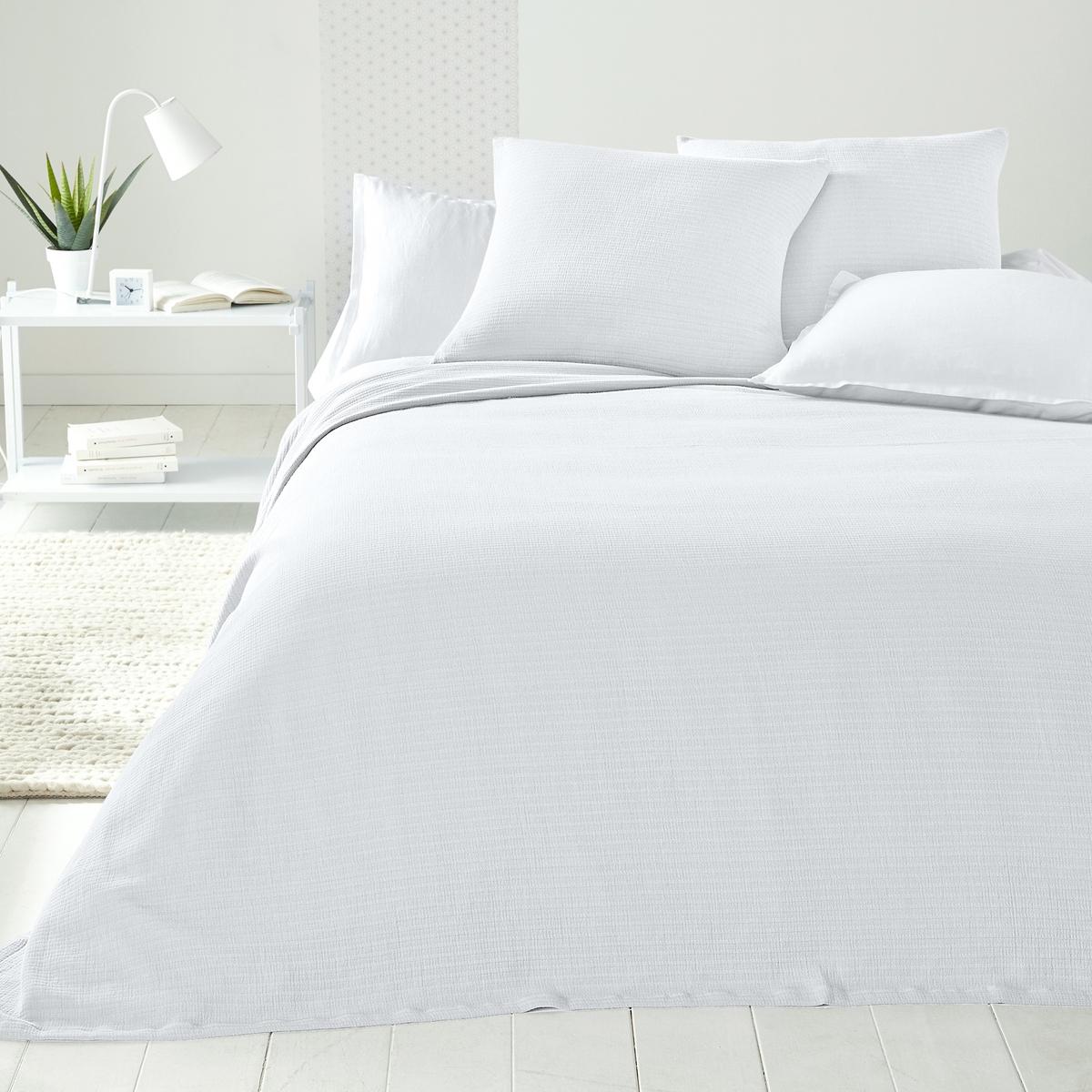 Покрывало для кровати IhlowПокрывало для кровати Ihlow с модным гофрированным эффектом .Характеристики покрывала для кровати Ihlow  :- 100% хлопок.Подшитые края.<br><br>Цвет: белый,желтый горчичный,зеленый,серо-бежевый,серый,синий морской<br>Размер: 180 x 230  см.230 x 250  см.150 x 150  см