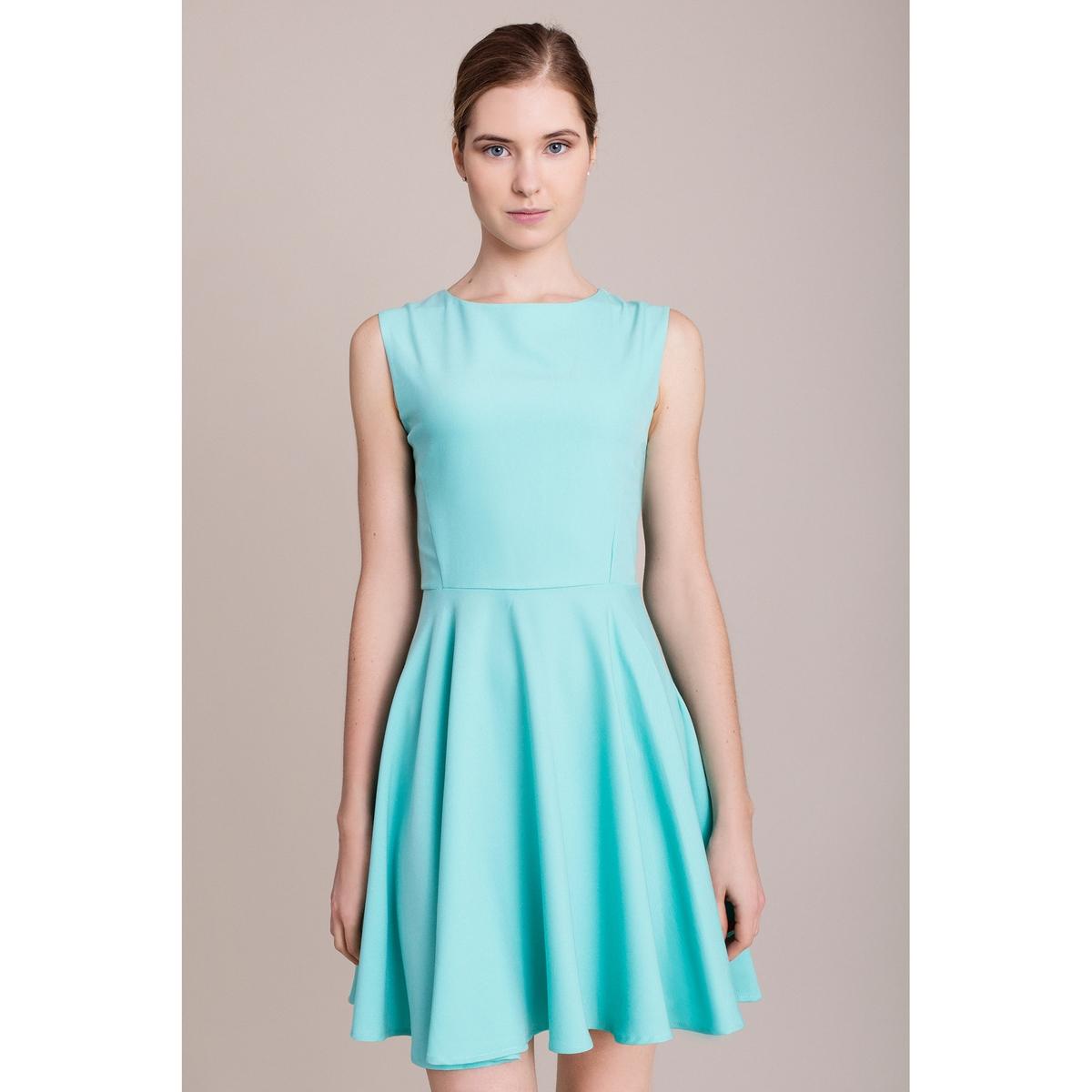 Платье без рукавовХарактеристики и описание    Материал         100% полиэстера    Марка    MIGLE+ME<br><br>Цвет: бирюзовый