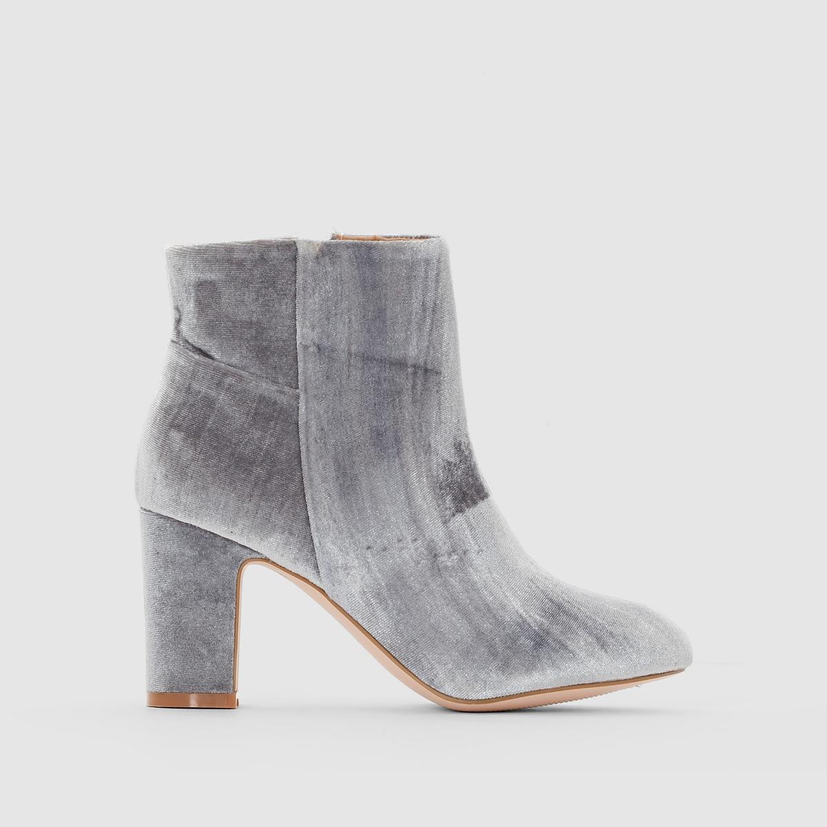 Ботильоны из велюра на каблукеПреимущества : элегантные ботильоны на высоком красивом каблуке с голенищем из текстиля и застежкой на молнию.<br><br>Цвет: серый,черный<br>Размер: 37.39.36