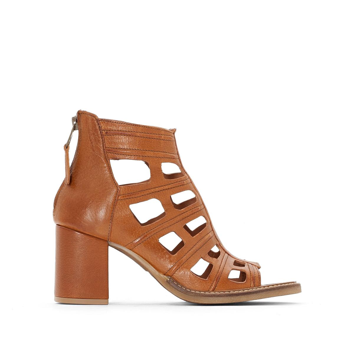 Босоножки на каблуке из ажурной кожи, Close melissa alexandre herchcovitch босоножки на каблуке