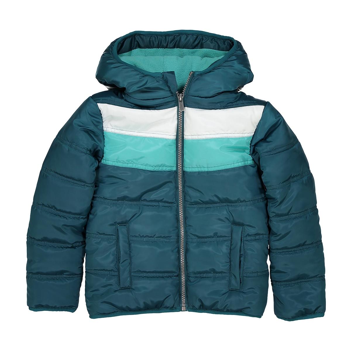 Куртка стеганая с капюшоном 3-12 летДетали •  Рисунок в полоску •  Зимняя модель •  Непромокаемое •  Застежка на молнию •  С капюшоном •  Длина : укороченная  Состав и уход •  100% полиэстер •  Температура стирки 30° •  Сухая чистка и отбеливатели запрещены • Барабанная сушка на слабом режиме   •  Не гладить<br><br>Цвет: синий