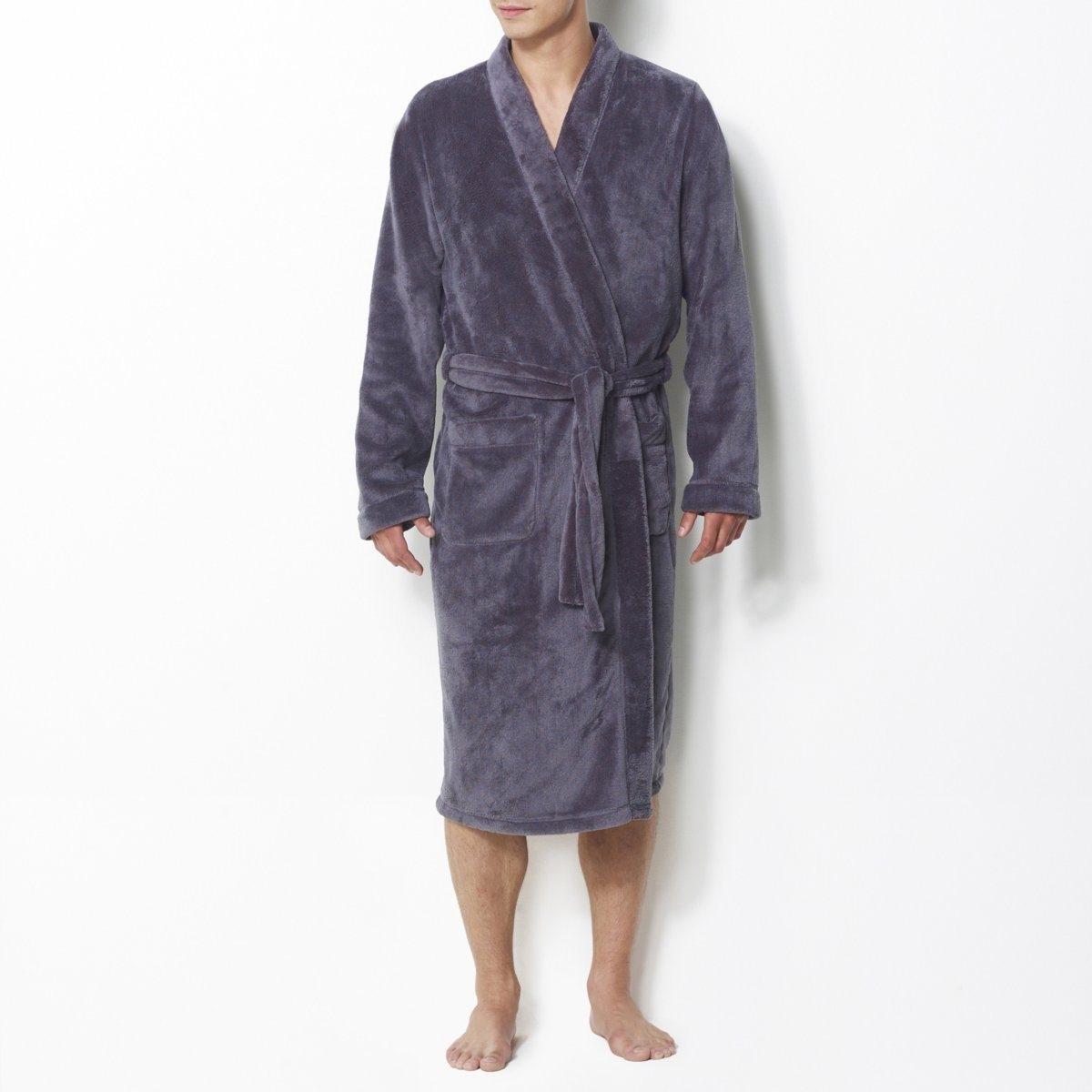 Халат, длина 120 смУльтрамягкий флис, 100% полиэстера. Воротник-кимоно. 2 кармана спереди. Пояс с завязками в шлевках. Длина 120 см: ниже коленей.<br><br>Цвет: серый,синий морской<br>Размер: L.XL.XXL.L