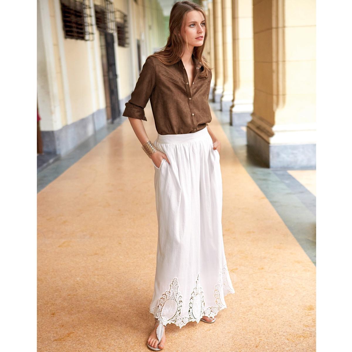 Юбка длинная с вышивкойДлинная юбка с вышивкой. 100% хлопка. Свободный покрой. Подкладка из вуали, 100% хлопка. Длина 103 см.<br><br>Цвет: слоновая кость