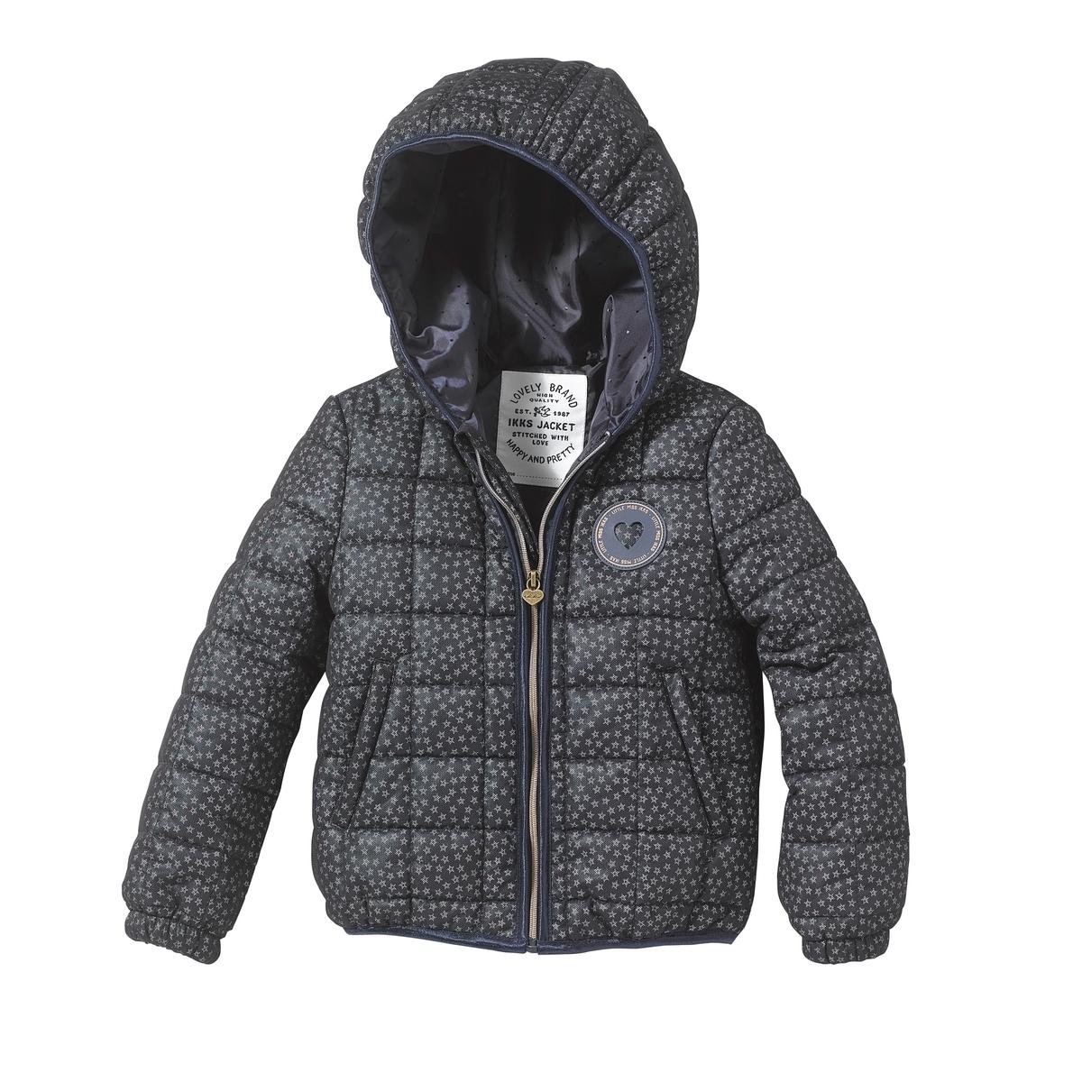 Куртка с капюшономДетали   •  Рисунок-принт •  Зимняя модель •  Непромокаемая •  Застежка на молнию  •  С капюшоном  •  Длина  : укороченнаяСостав и уход      •  Следуйте советам по уходу, указанным на этикетке<br><br>Цвет: темно-синий<br>Размер: 6 лет - 114 см.10 лет - 138 см.12 лет -150 см