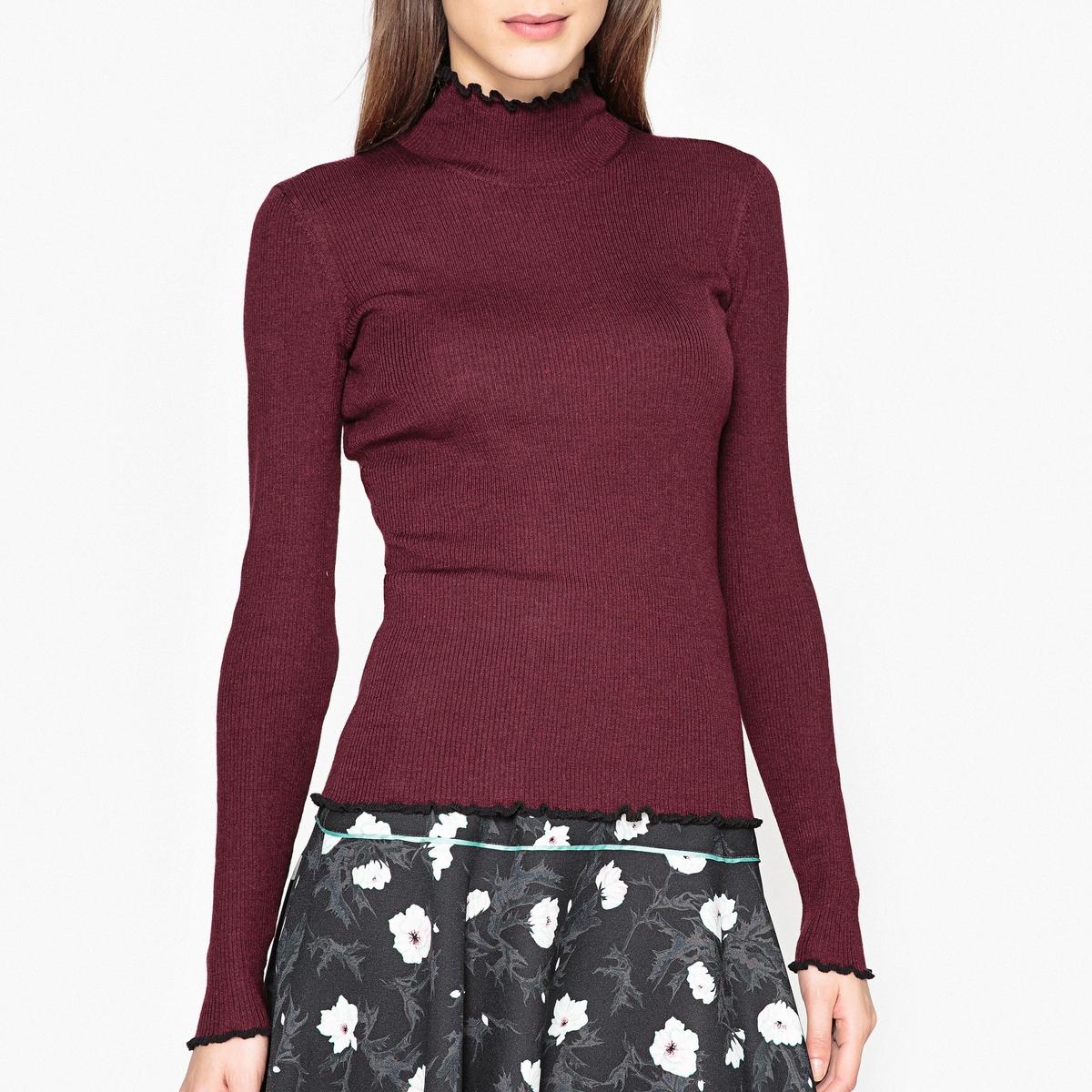 Пуловер в рубчик с воротником-стойкой