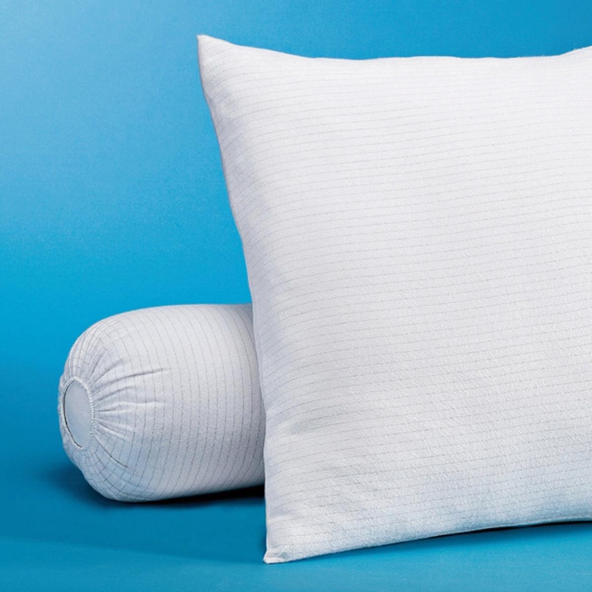 Наволочка защитная  из мольтонаЗащитная наволочка  не только защищает подушку, но также снимает статическое электричество, чтобы Вы спали крепко и спокойно. Защитная наволочка  для подушки-валика из мольтона с двухсторонним начёсом 99% хлопка, 1% углеволокна (220 гр/м?).Уход: Стирка при 60°С.Размеры: 90 x 23 см, 140 x 23 см.Защитная наволочка  из мольтона - это качество VALEUR S?RE.<br><br>Цвет: белый