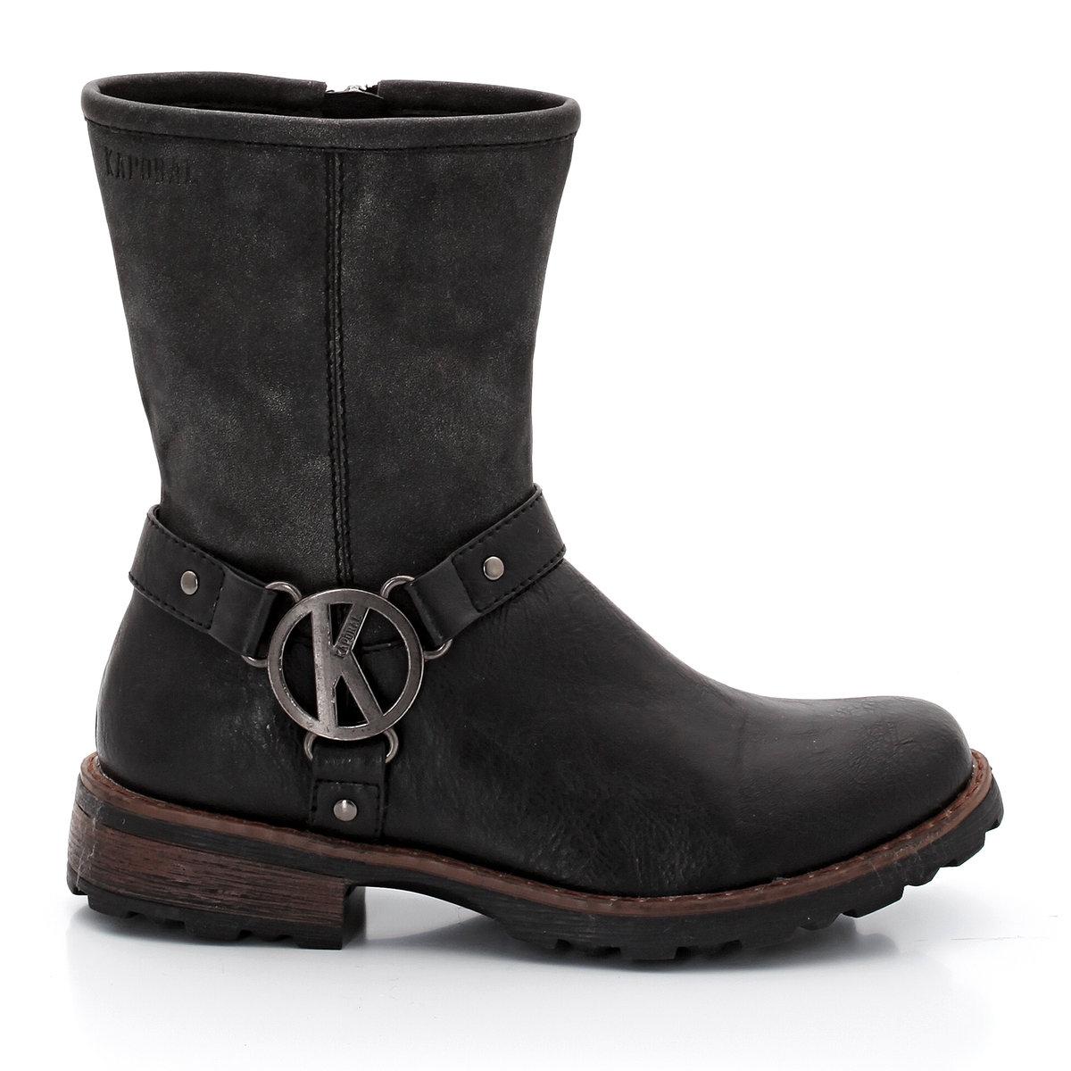 Ботинки KAPORAL WassiaПреимущества: Ботинки KAPORAL в рокерском стиле без излишних декоративных элементов: стильные, с ремешком в байкерском стиле<br><br>Цвет: черный<br>Размер: 32.38