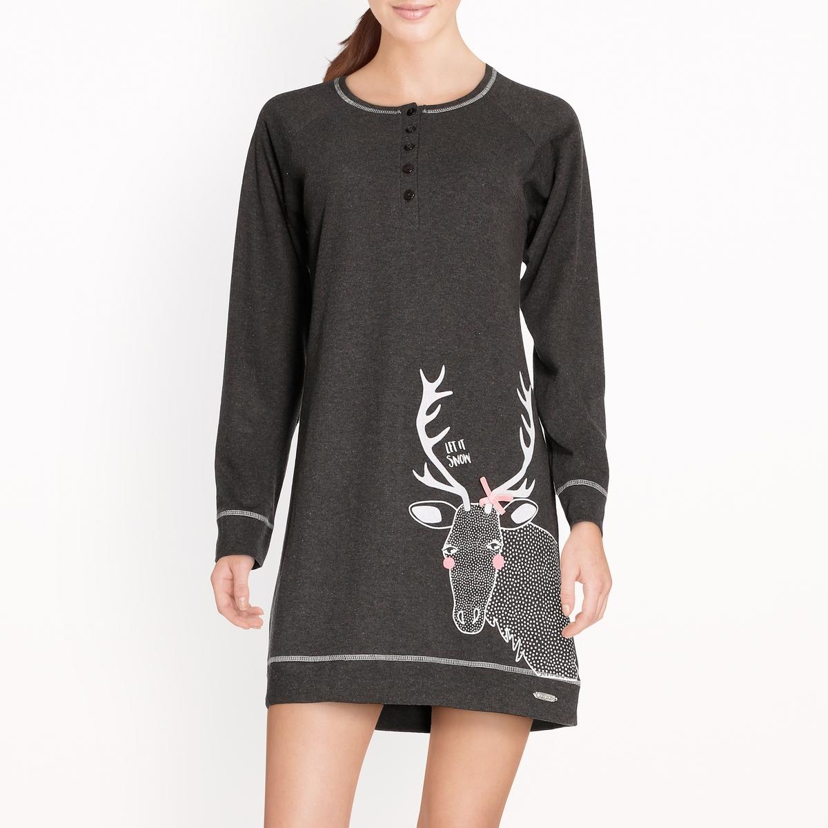 Рубашка ночная CaribouНочная рубашка из джерси Caribou. Длинные рукава. Круглый вырез с планкой застежки на пуговицы. Рисунок белка внизу спереди. Налокотники с мозаичным рисунком. Отделка в виде контрастных швов. Состав и описание Материал : джерси, 100% хлопокМарка : DODOМодель : Caribou Уход Машинная стирка при 30 °C Стирать с вещами схожих цветовМашинная сушка в деликатном режимеГладить при умеренной температуре с изнаночной стороны<br><br>Цвет: антрацит<br>Размер: XL.L