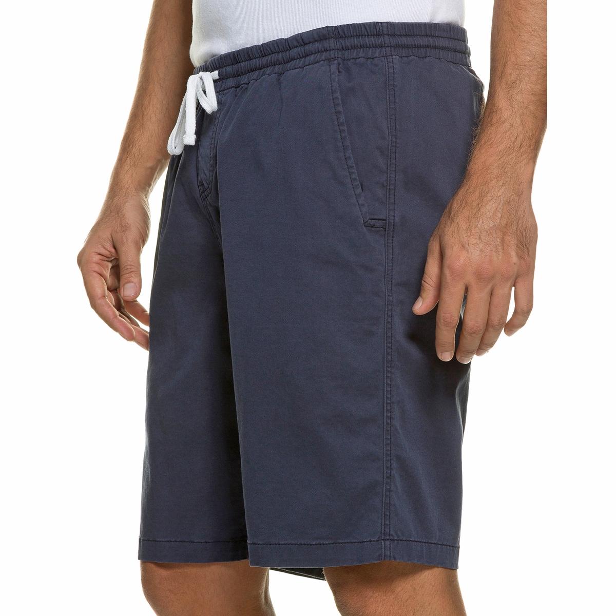 БермудыБермуды без застежки JP1880, с эластичным поясом с завязками. 3 кармана. Прямой покрой, слегка заниженная талия, зауженные бедра и брючины. 98% хлопка, 2% эластана. Длина по внутр.шву 26-33 см<br><br>Цвет: синий